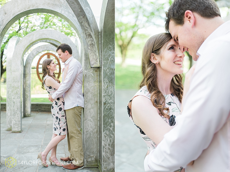 toledo-ohio-engagement-wedding-photographer-taylor-ford-photography-oaks-opening-metro-park-botanical-gardens10.jpg