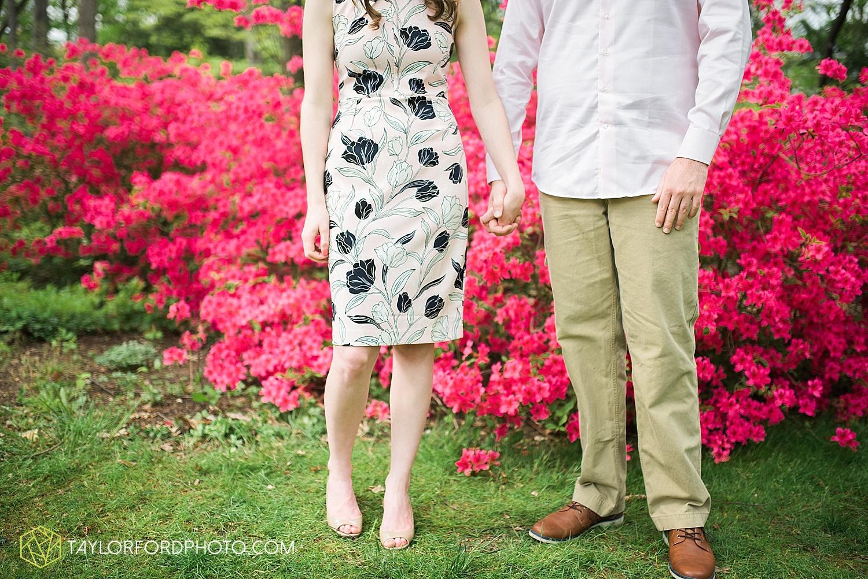 toledo-ohio-engagement-wedding-photographer-taylor-ford-photography-oaks-opening-metro-park-botanical-gardens13.jpg