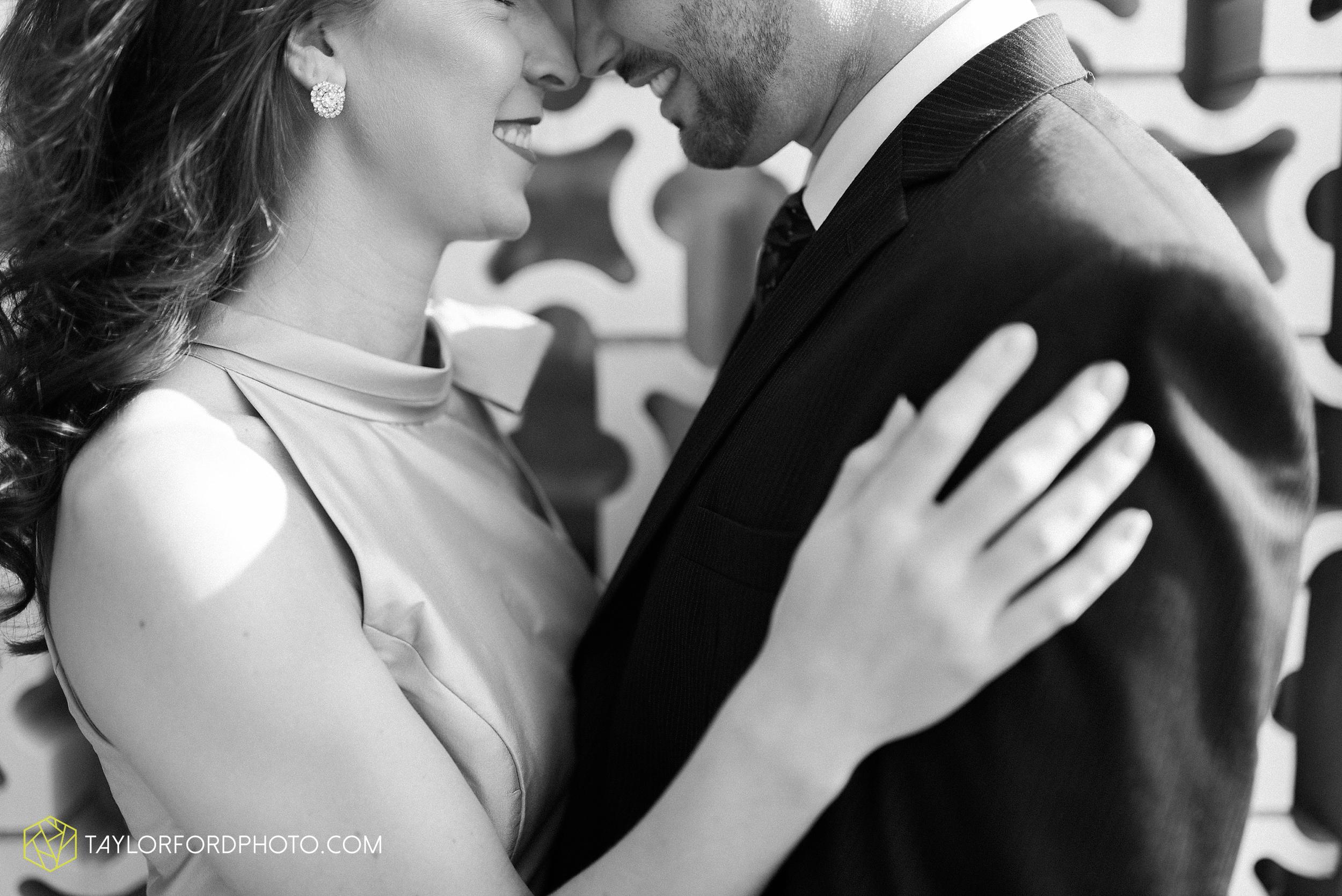 celina-coldwarter-ohio-engagement-wedding-photographer-Taylor-Ford-Photography-Ohio-Indiana_2269.jpg