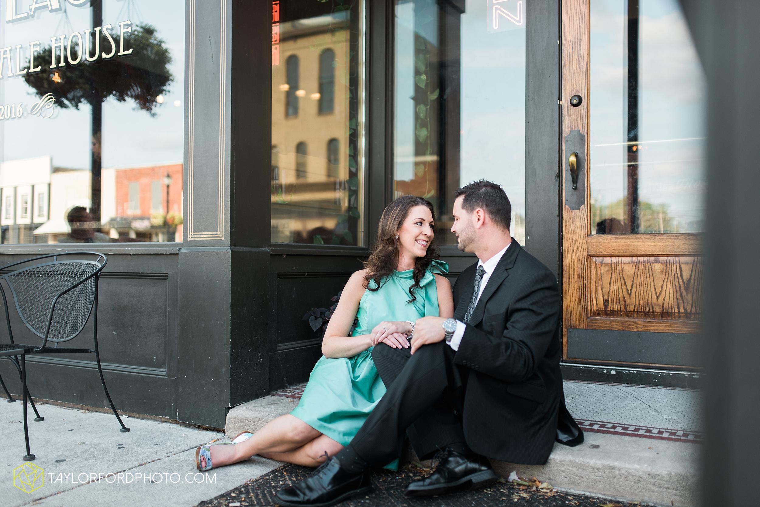 celina-coldwarter-ohio-engagement-wedding-photographer-Taylor-Ford-Photography-Ohio-Indiana_2275.jpg