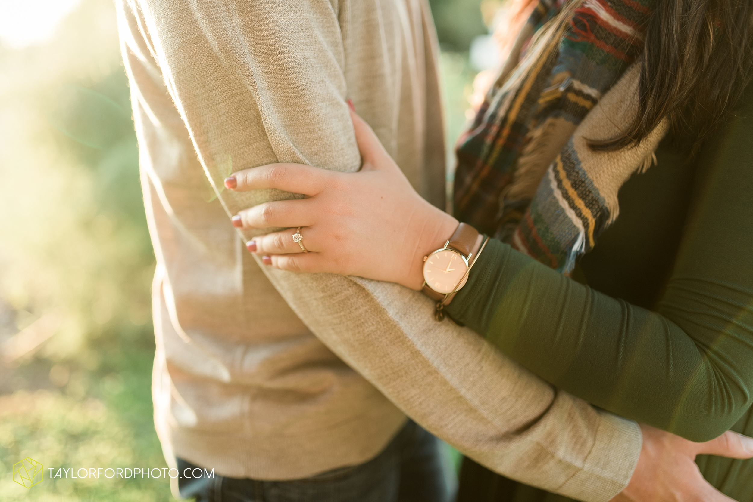 fort-wayne-indiana-engagement-wedding-photographer-Taylor-Ford-Photography-salomon-farm-park_3575.jpg