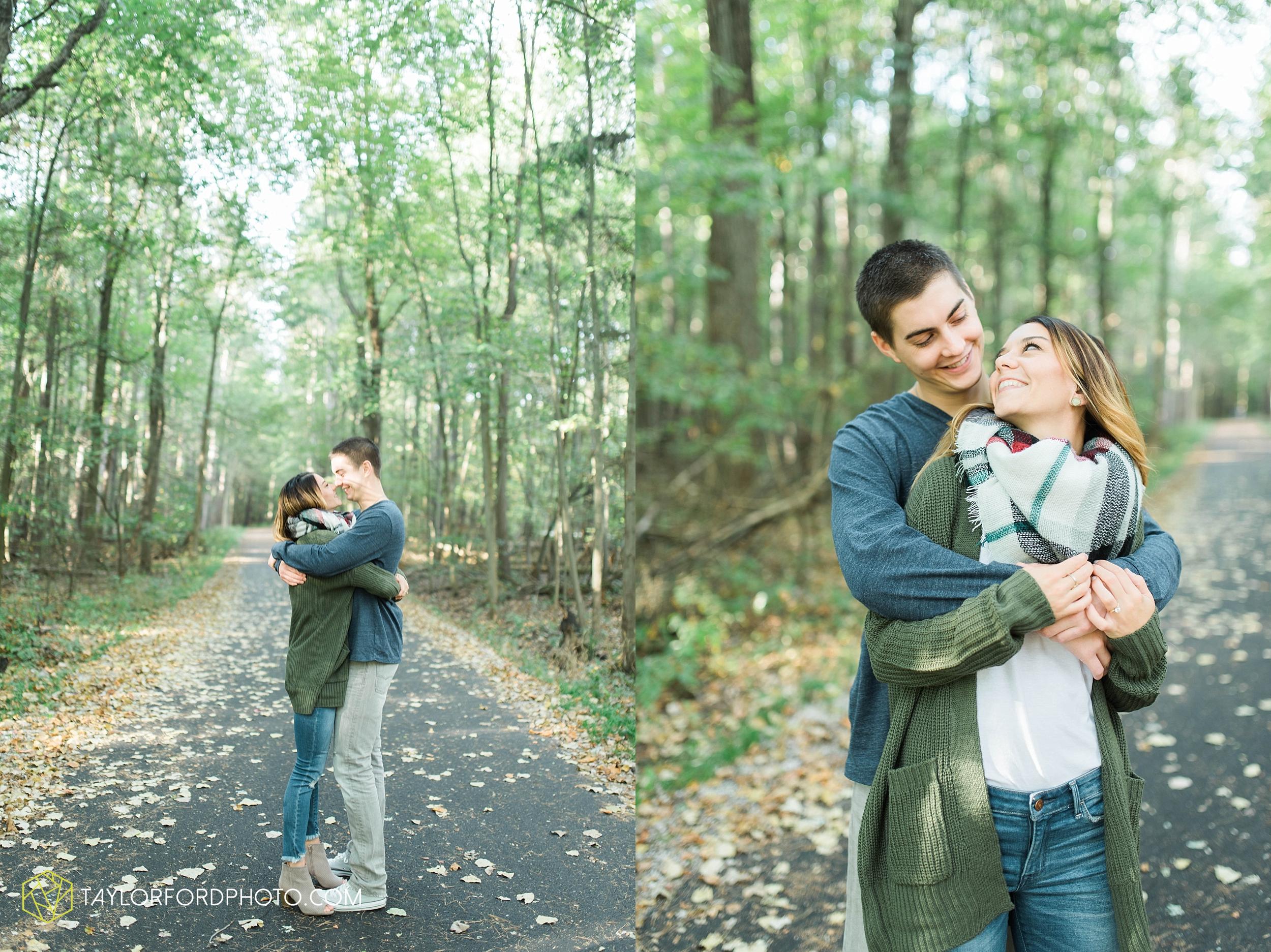 toledo-ohio-engagement-wedding-photographer-Taylor-Ford-Photography-oaks-openings-toledo-metro_3661.jpg