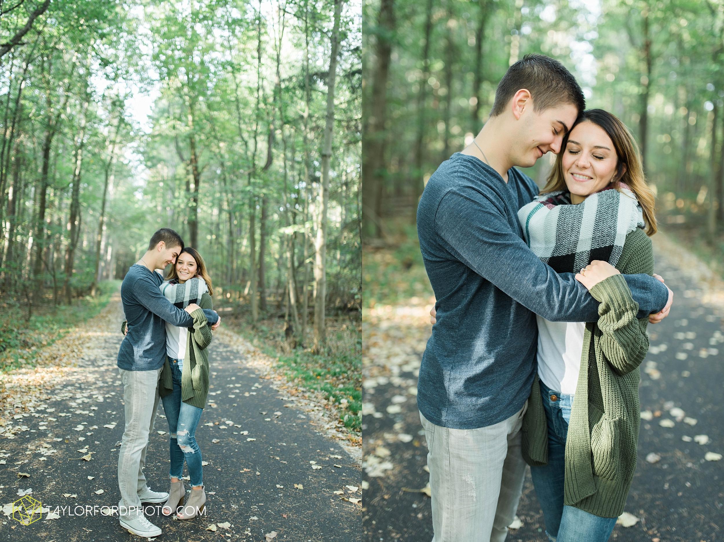 toledo-ohio-engagement-wedding-photographer-Taylor-Ford-Photography-oaks-openings-toledo-metro_3664.jpg