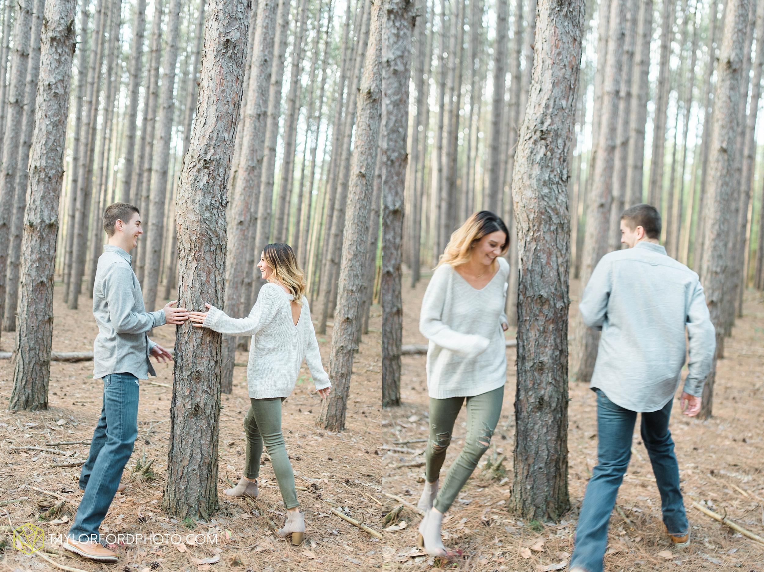 toledo-ohio-engagement-wedding-photographer-Taylor-Ford-Photography-oaks-openings-toledo-metro_3671.jpg