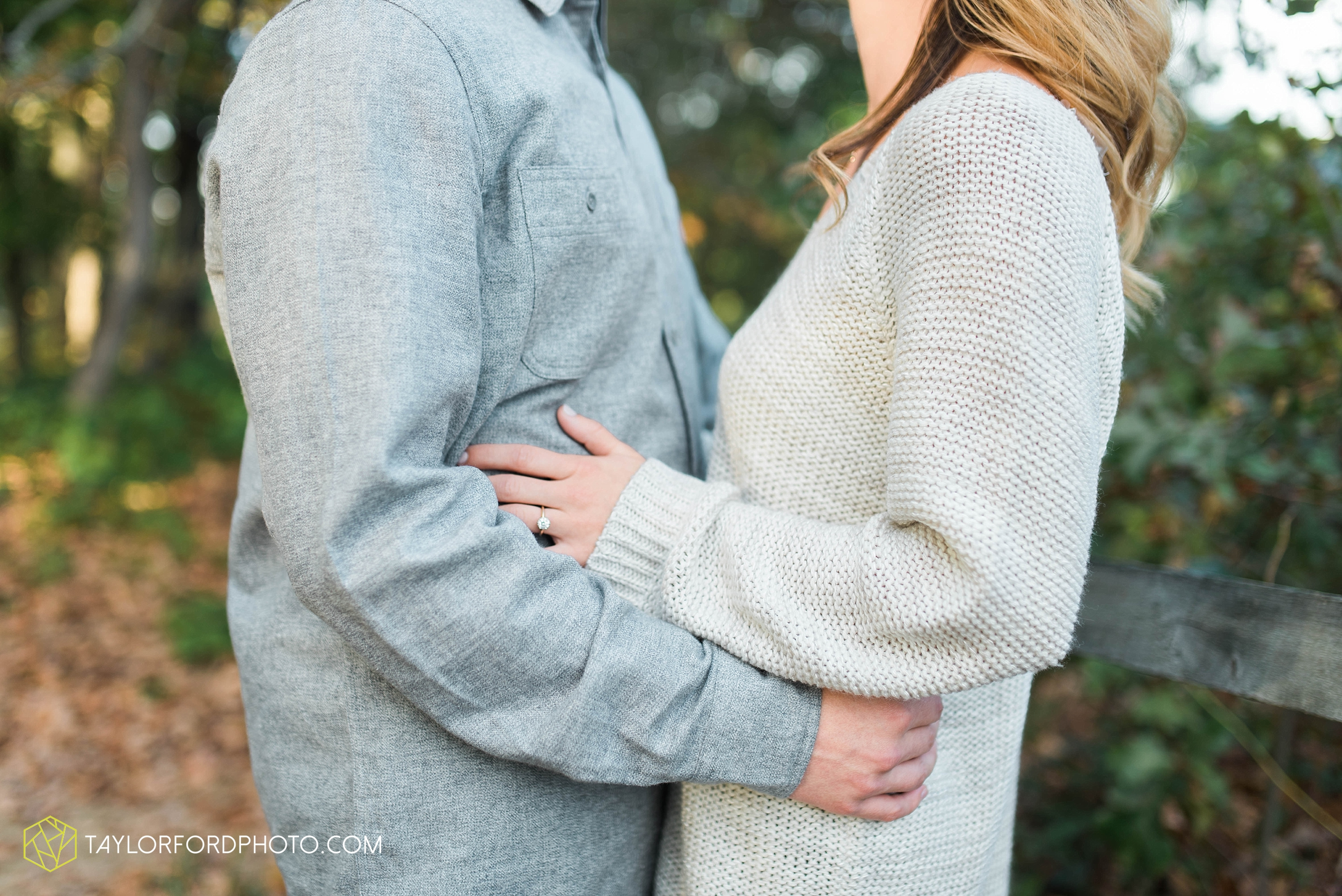 toledo-ohio-engagement-wedding-photographer-Taylor-Ford-Photography-oaks-openings-toledo-metro_3680.jpg