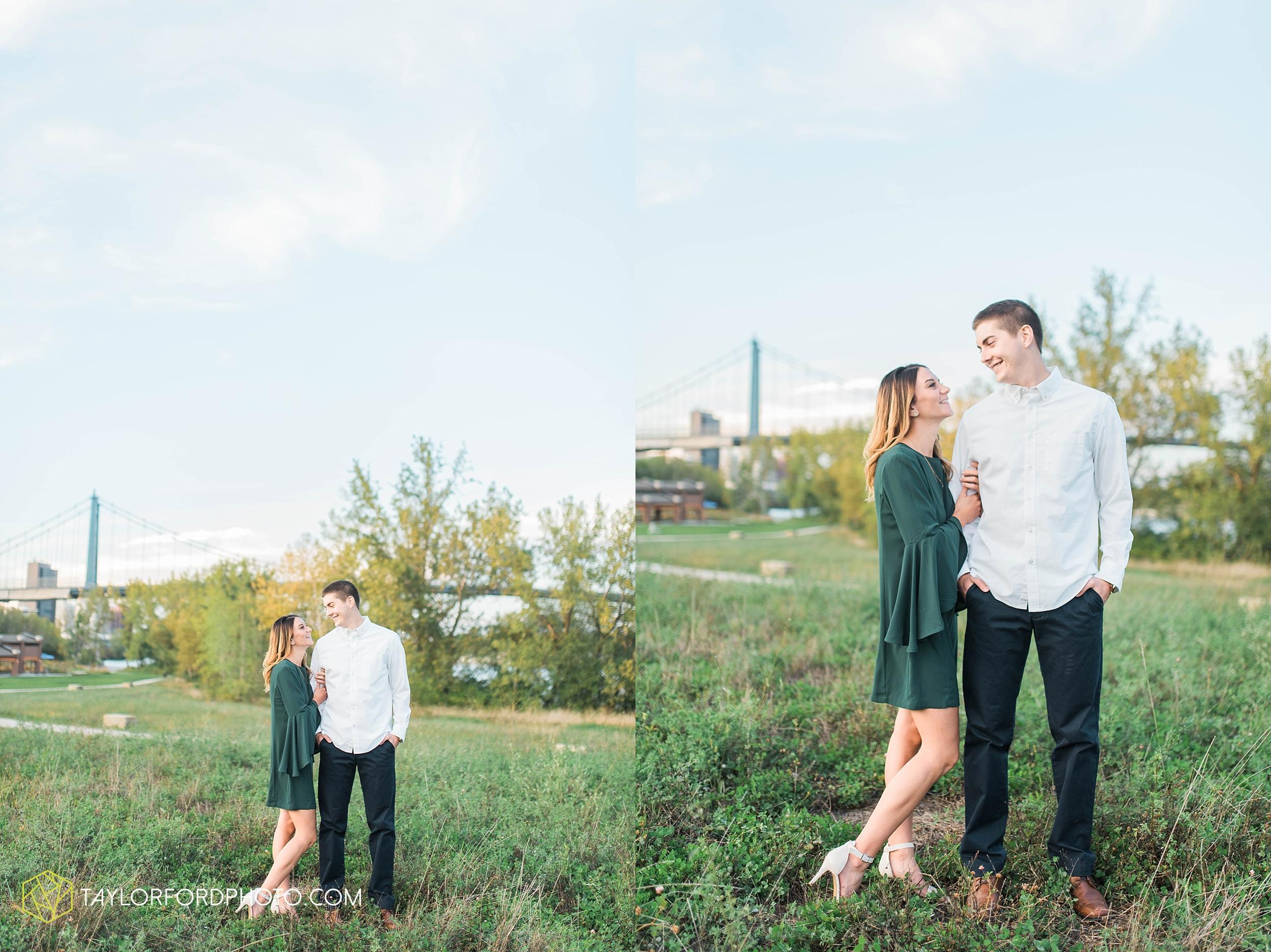 toledo-ohio-engagement-wedding-photographer-Taylor-Ford-Photography-oaks-openings-toledo-metro_3687.jpg