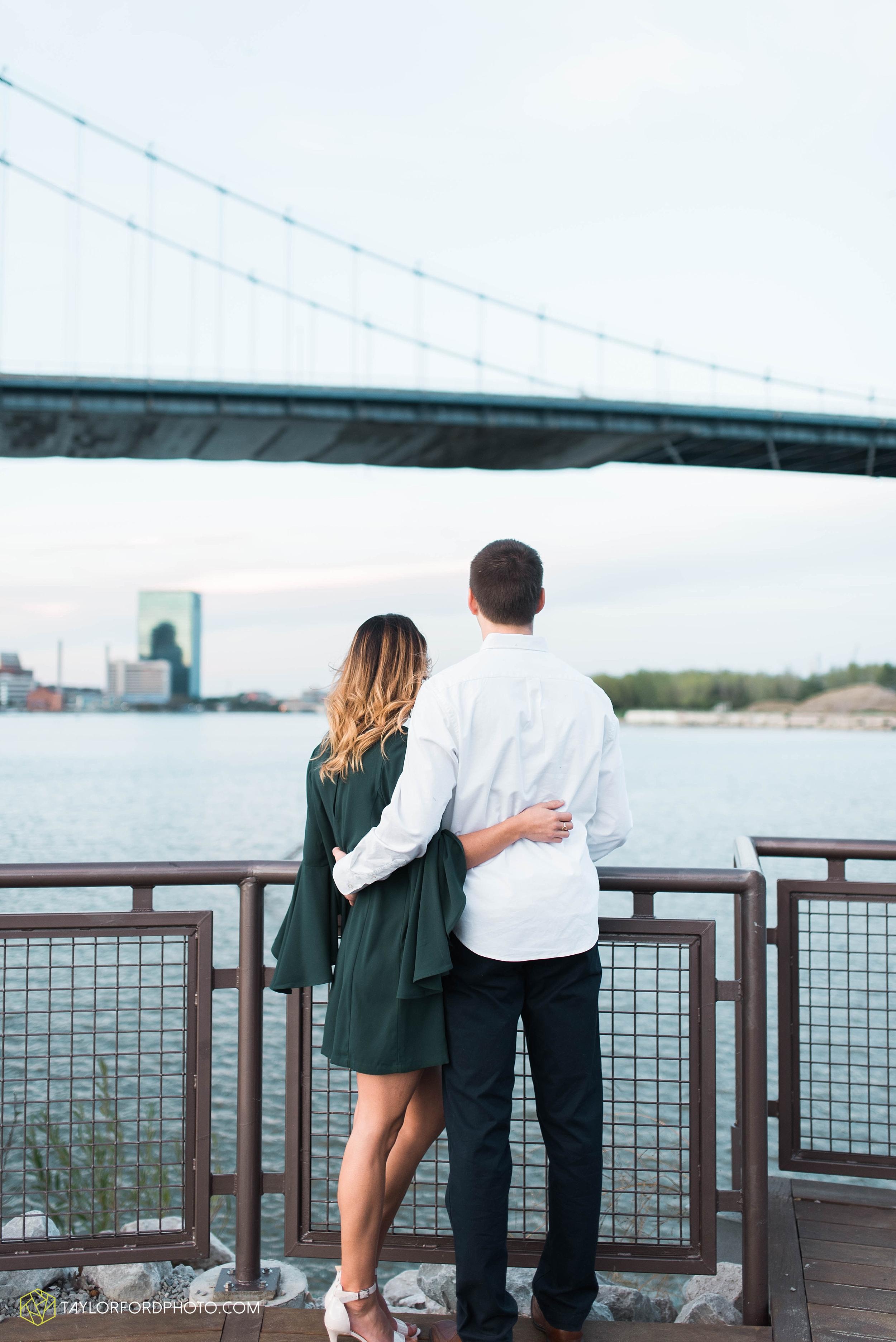 toledo-ohio-engagement-wedding-photographer-Taylor-Ford-Photography-oaks-openings-toledo-metro_3690.jpg