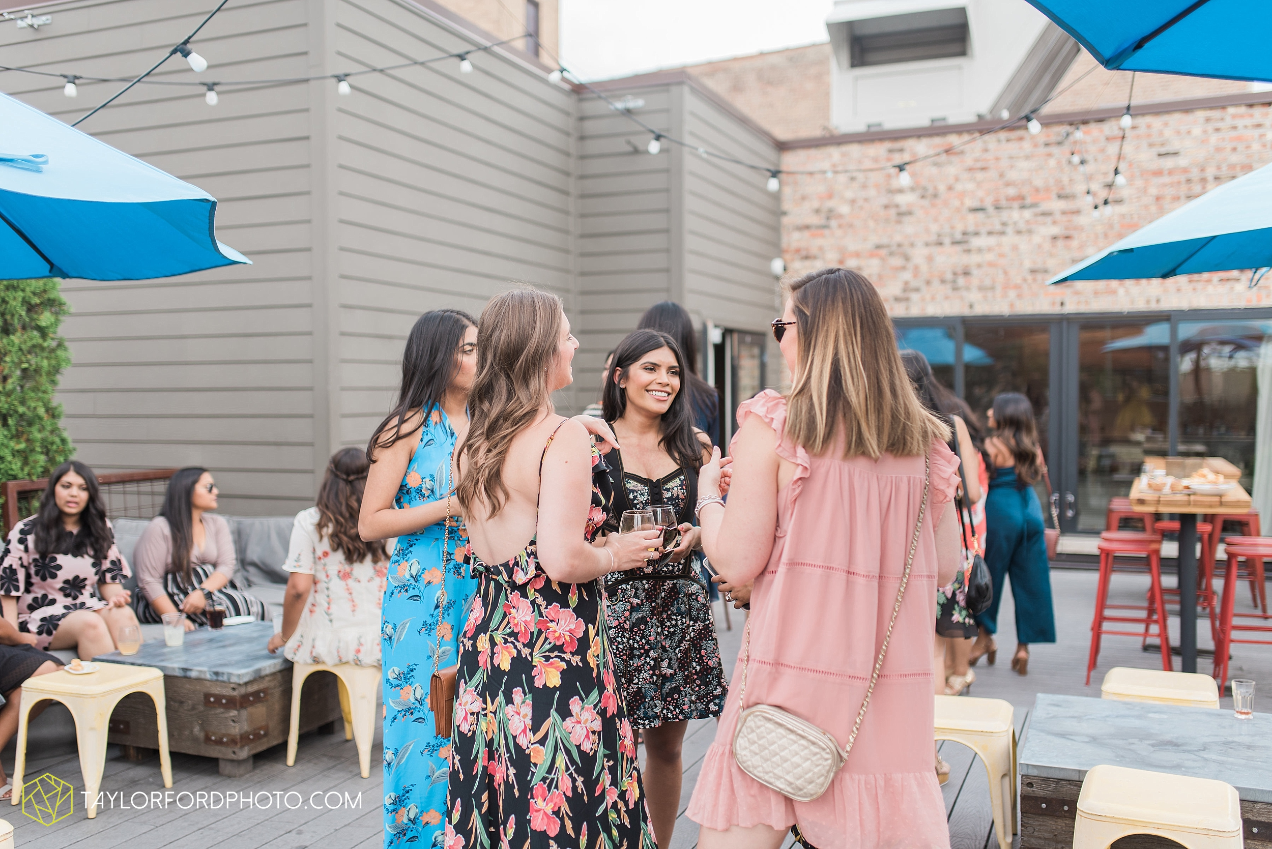 chicago-illinois-bridal-shower-wedding-engagement-photographer-Taylor-Ford-Photography-the-little-goat-diner-rooftop-indian-ceremony_5085.jpg