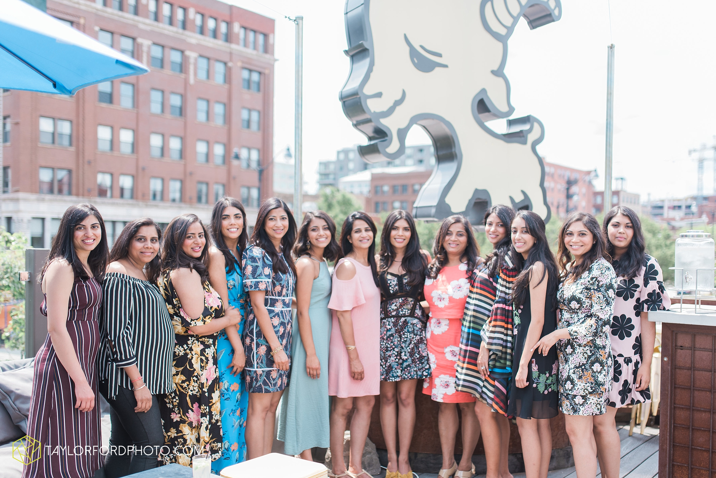 chicago-illinois-bridal-shower-wedding-engagement-photographer-Taylor-Ford-Photography-the-little-goat-diner-rooftop-indian-ceremony_5093.jpg