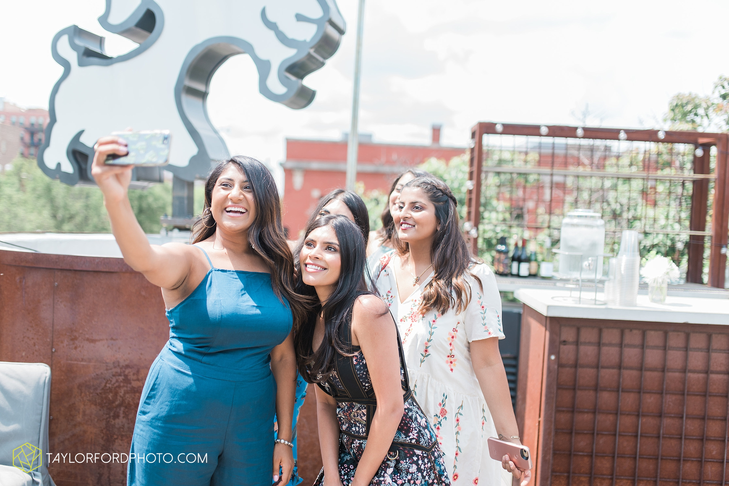 chicago-illinois-bridal-shower-wedding-engagement-photographer-Taylor-Ford-Photography-the-little-goat-diner-rooftop-indian-ceremony_5095.jpg