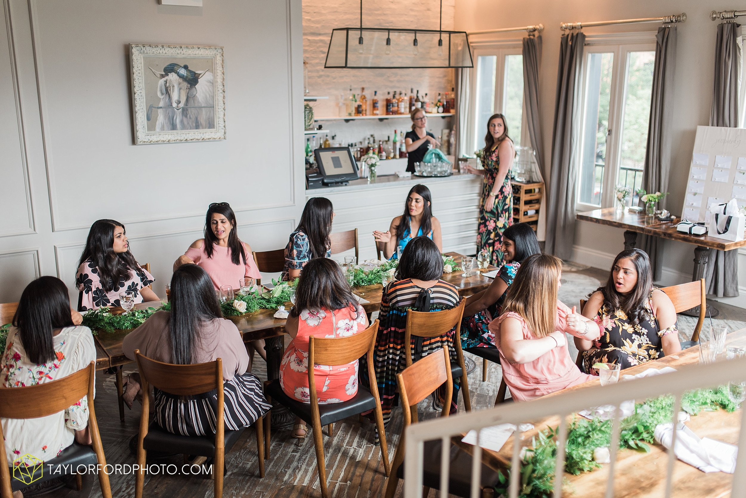 chicago-illinois-bridal-shower-wedding-engagement-photographer-Taylor-Ford-Photography-the-little-goat-diner-rooftop-indian-ceremony_5116.jpg