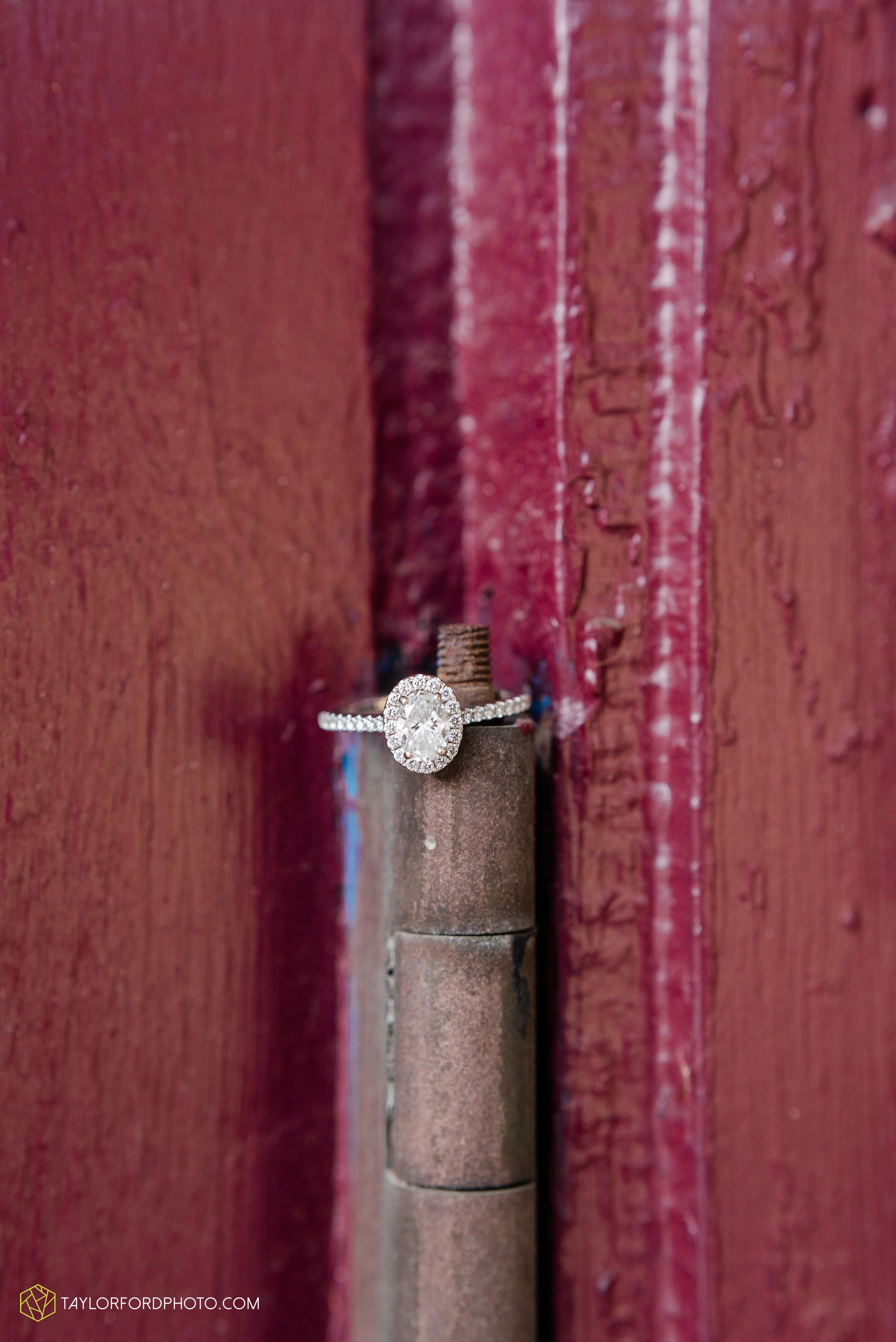 dayton-ohio-engagement-photographer-oregon-district-riverfront-metro-Taylor-Ford-Photography_6487.jpg