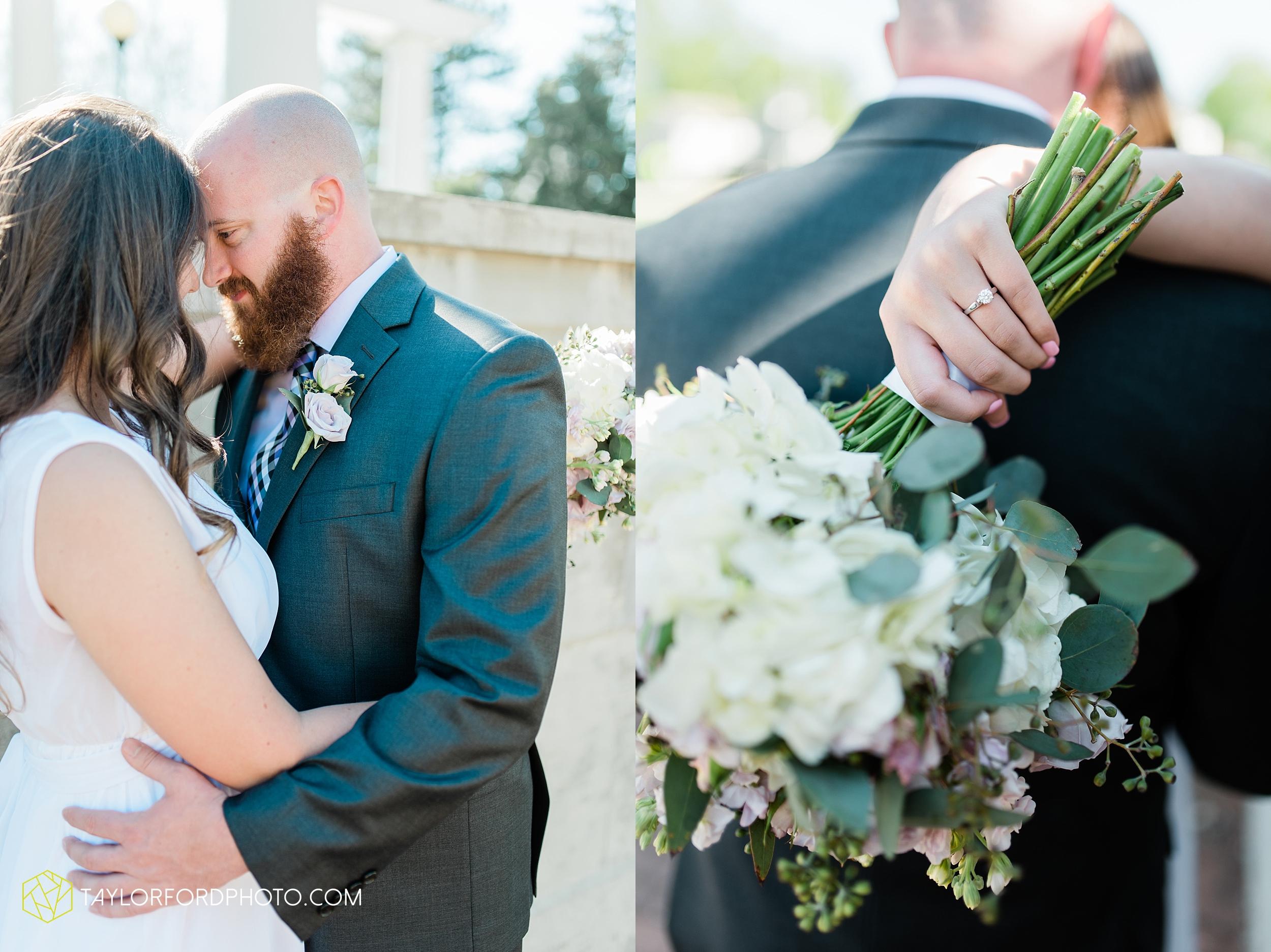 lakeside-rose-gardens-fort-wayne-indiana-elopement-wedding-photographer-Taylor-Ford-Photography_7157.jpg