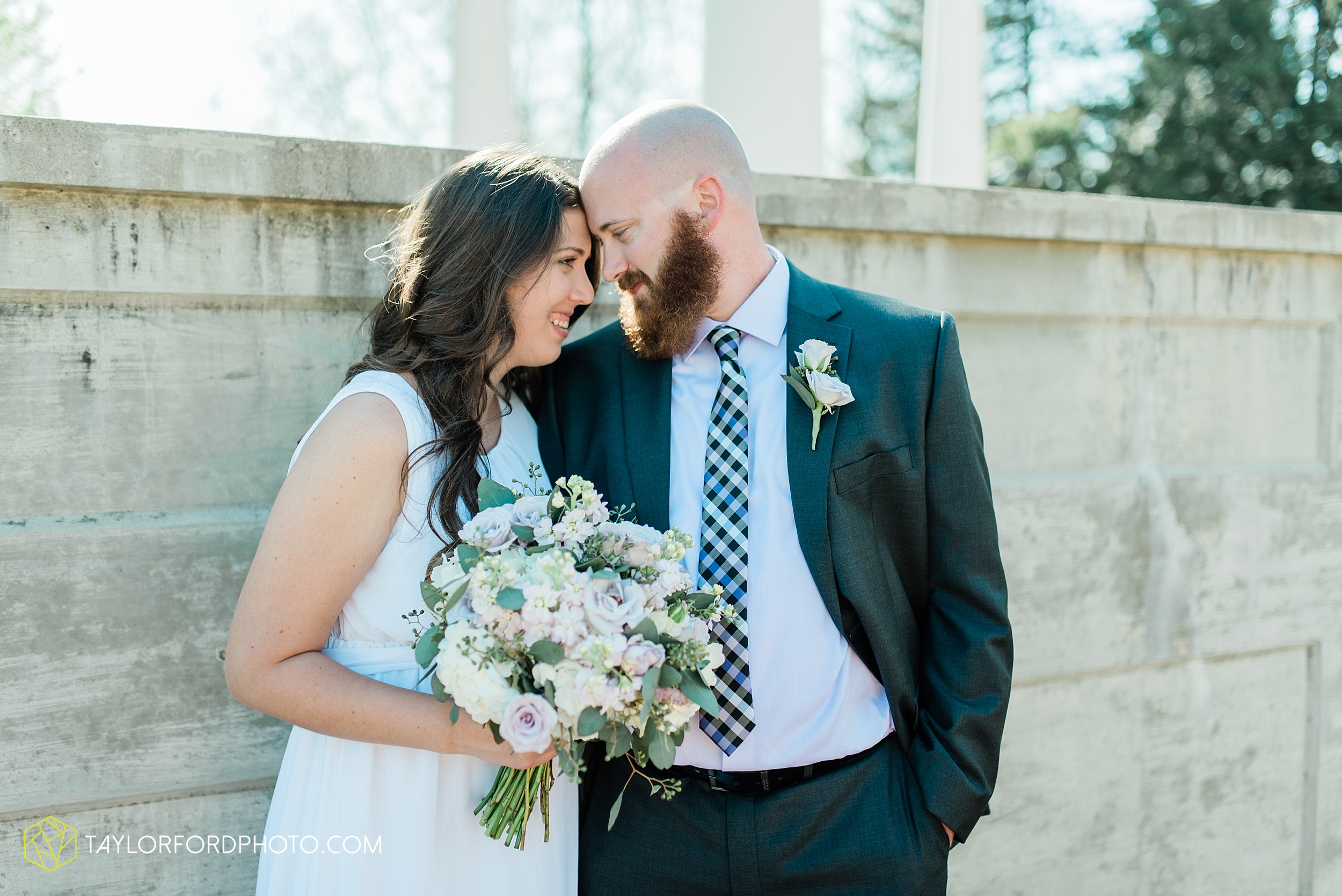 lakeside-rose-gardens-fort-wayne-indiana-elopement-wedding-photographer-Taylor-Ford-Photography_7162.jpg