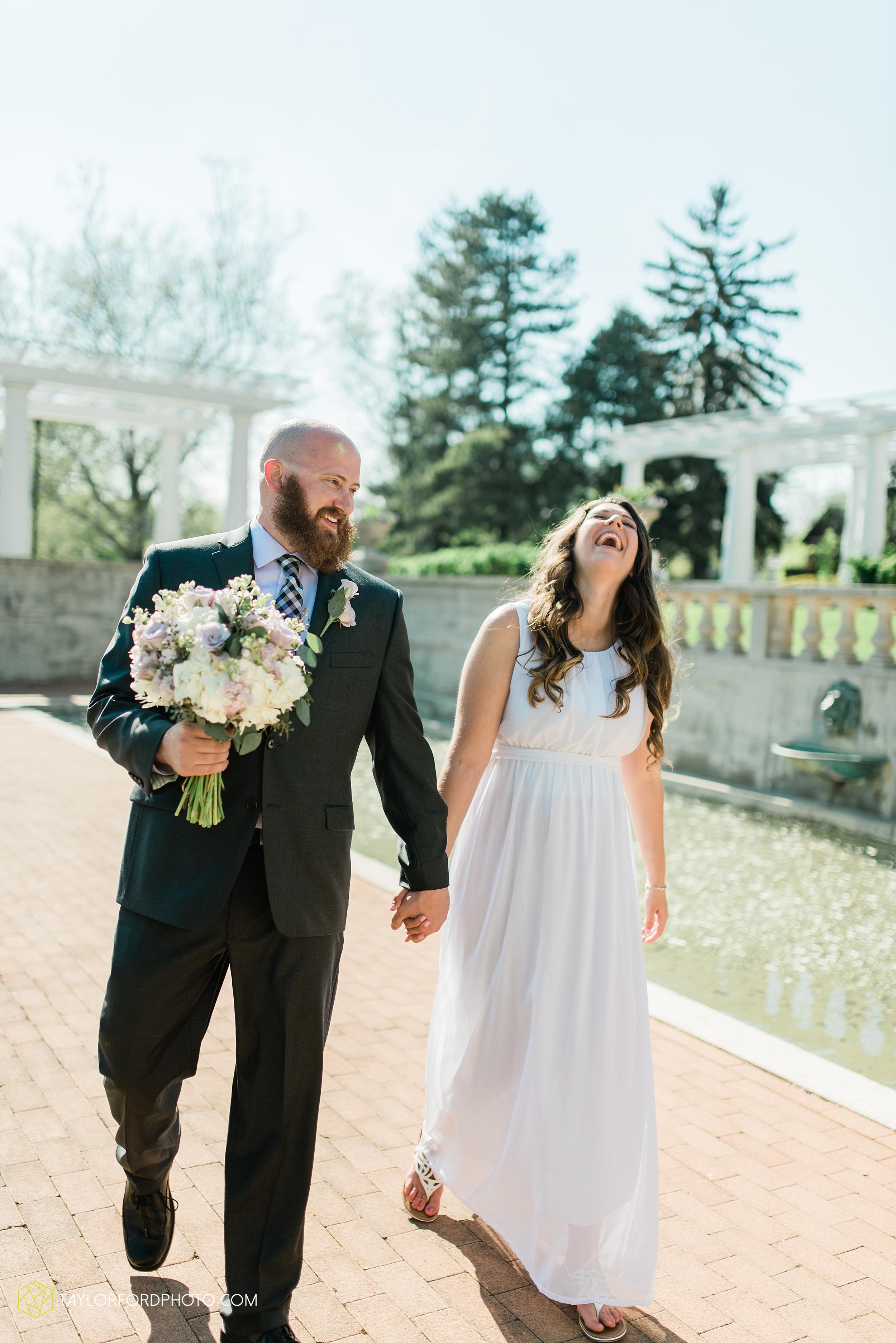 lakeside-rose-gardens-fort-wayne-indiana-elopement-wedding-photographer-Taylor-Ford-Photography_7169.jpg