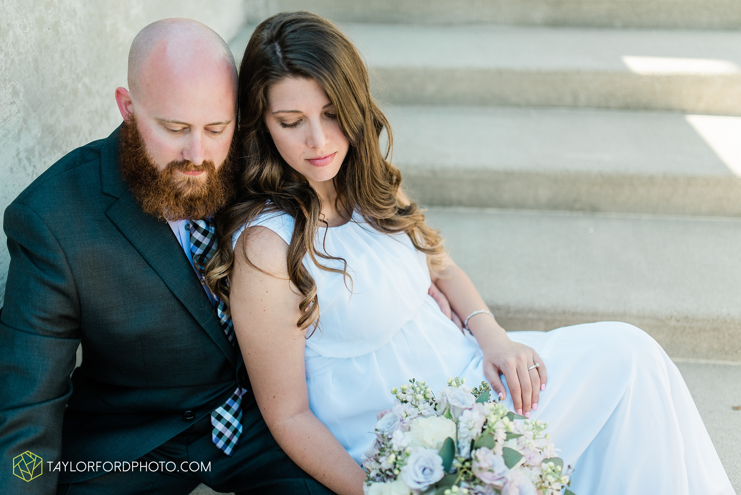 lakeside-rose-gardens-fort-wayne-indiana-elopement-wedding-photographer-Taylor-Ford-Photography_7172.jpg