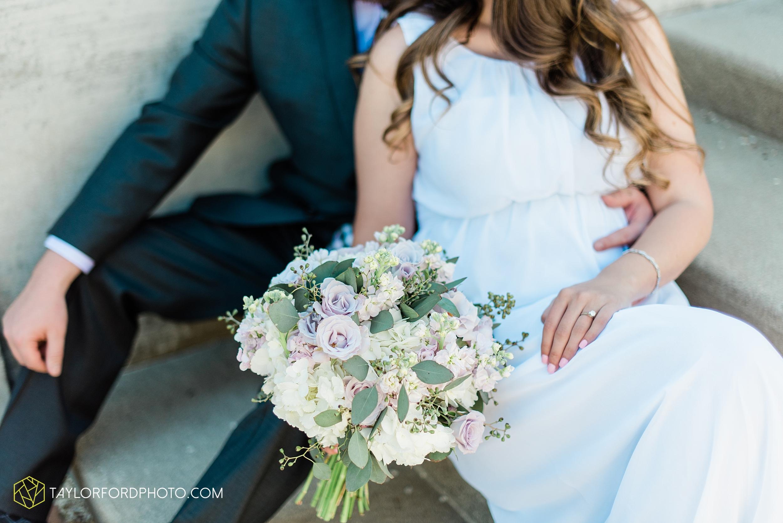 lakeside-rose-gardens-fort-wayne-indiana-elopement-wedding-photographer-Taylor-Ford-Photography_7173.jpg