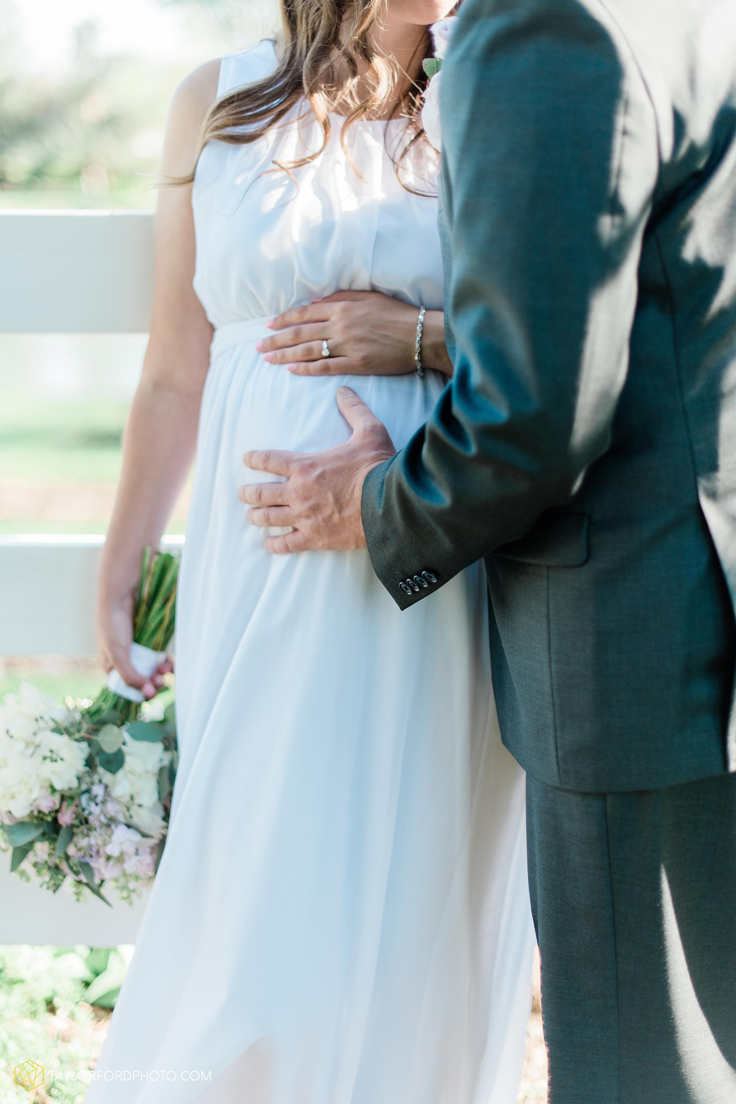 lakeside-rose-gardens-fort-wayne-indiana-elopement-wedding-photographer-Taylor-Ford-Photography_7180.jpg