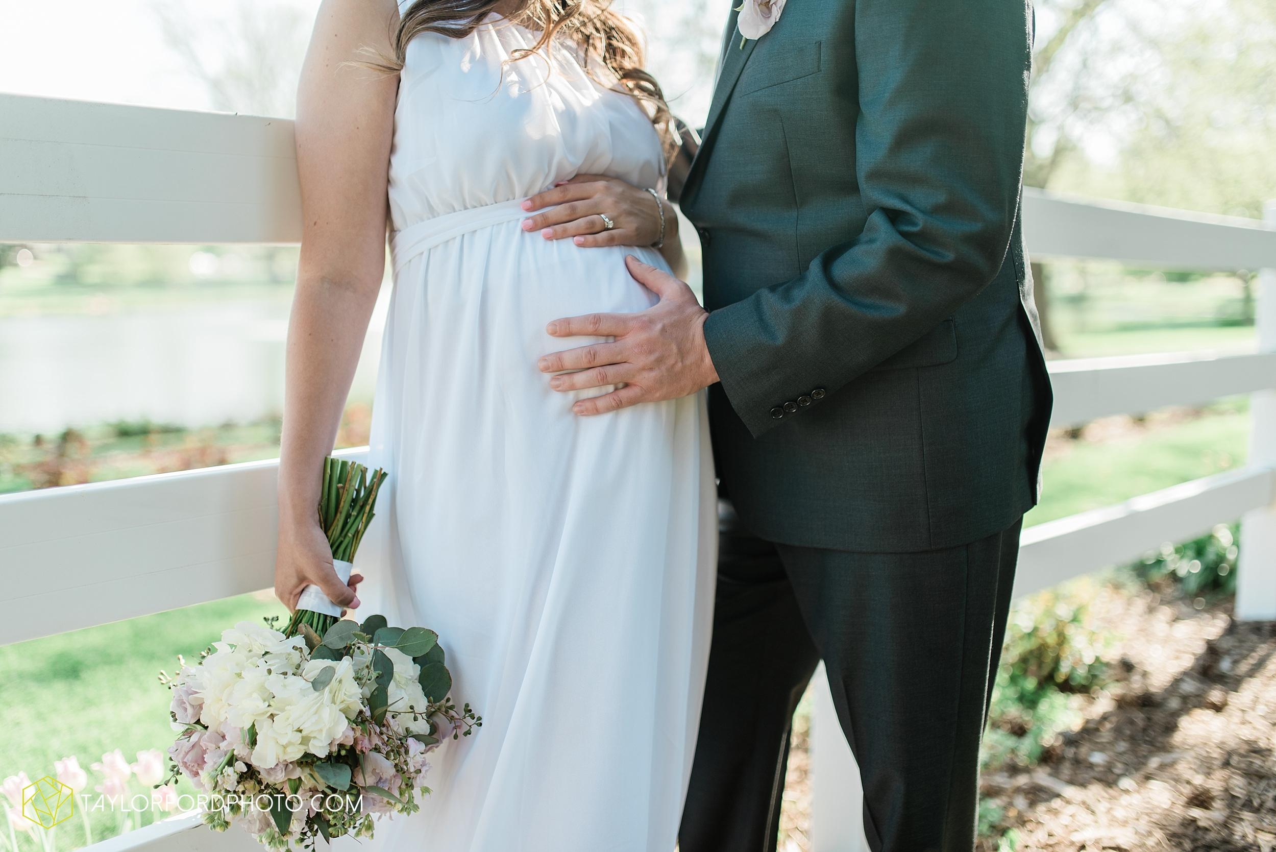 lakeside-rose-gardens-fort-wayne-indiana-elopement-wedding-photographer-Taylor-Ford-Photography_7182.jpg