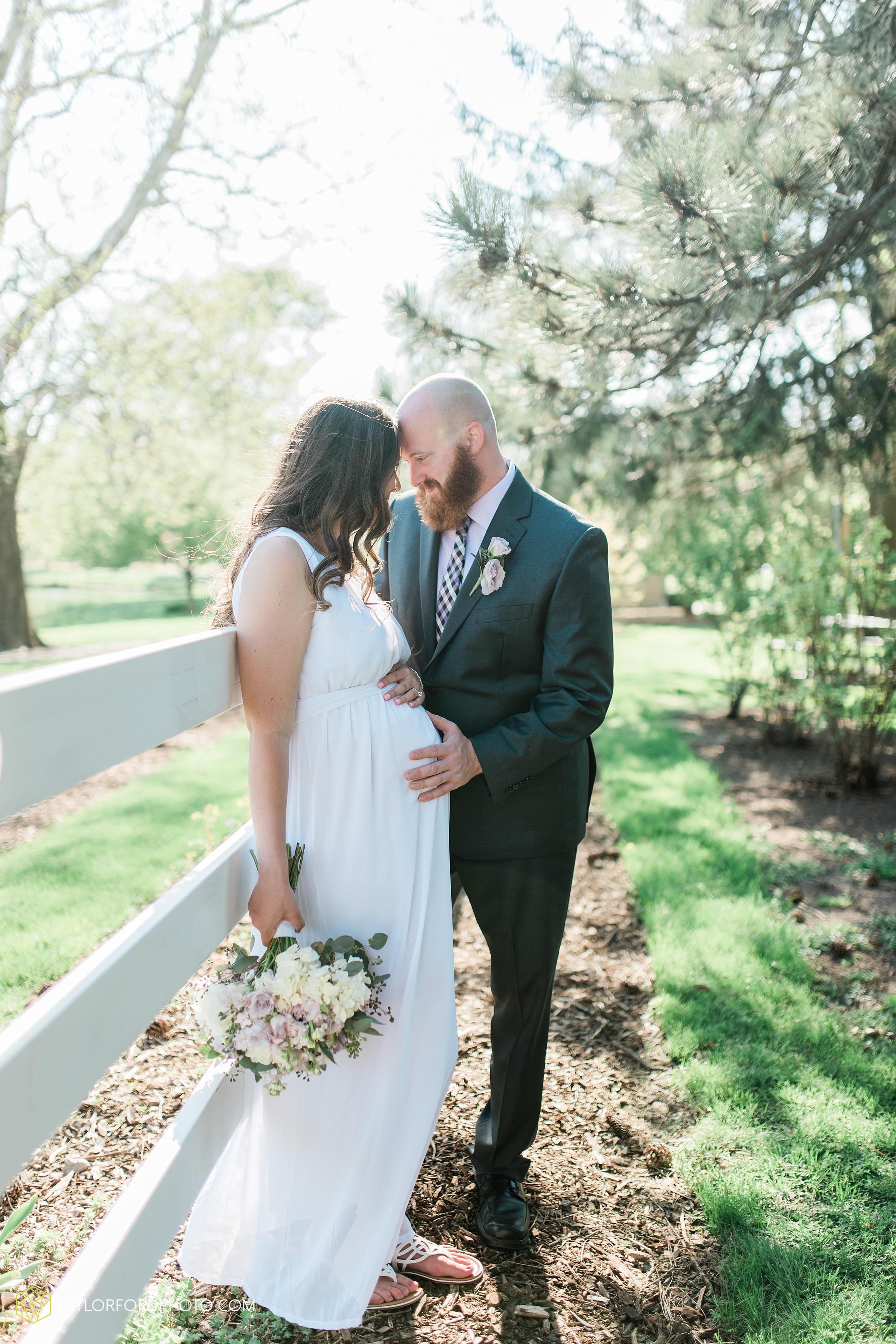 lakeside-rose-gardens-fort-wayne-indiana-elopement-wedding-photographer-Taylor-Ford-Photography_7183.jpg