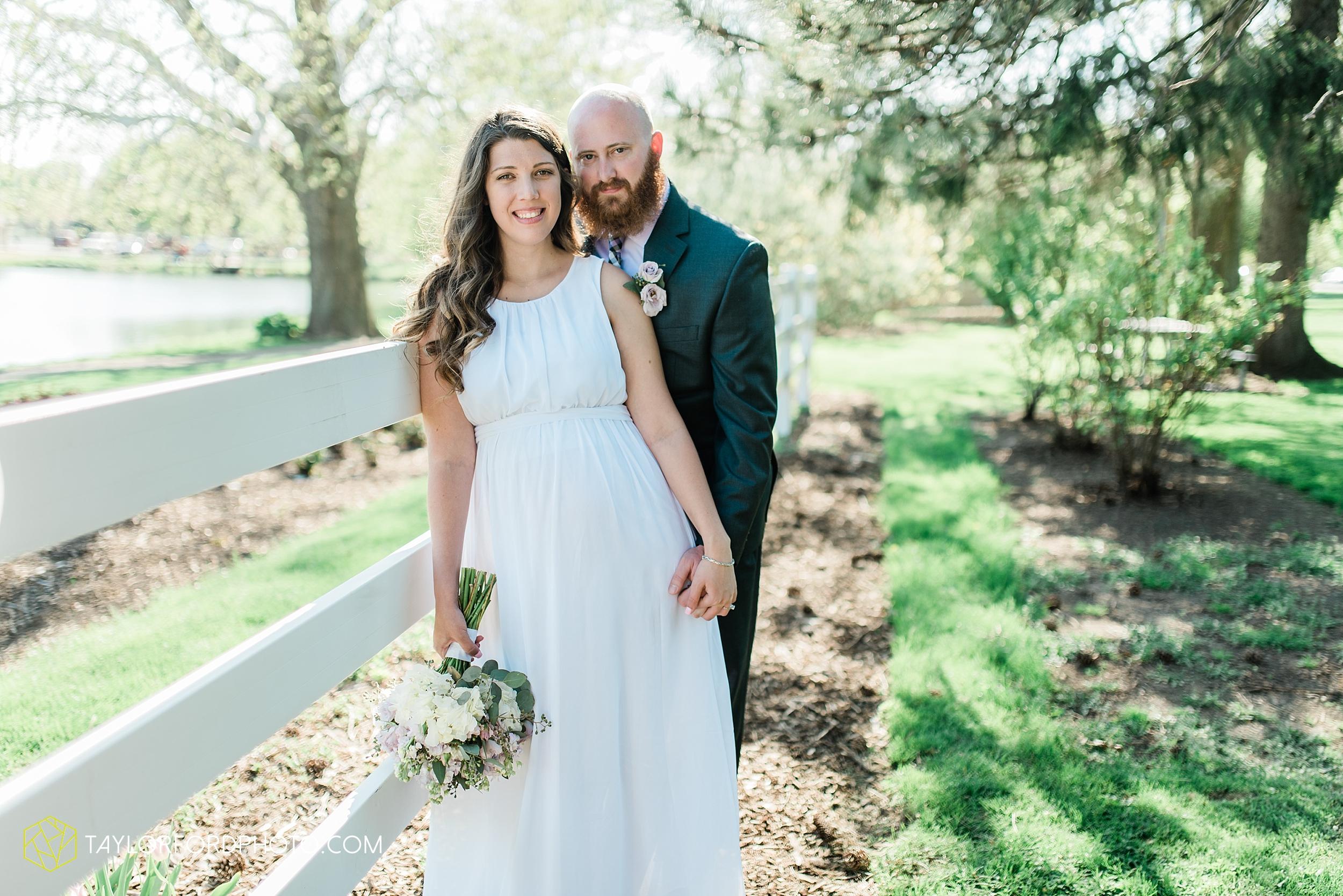 lakeside-rose-gardens-fort-wayne-indiana-elopement-wedding-photographer-Taylor-Ford-Photography_7185.jpg