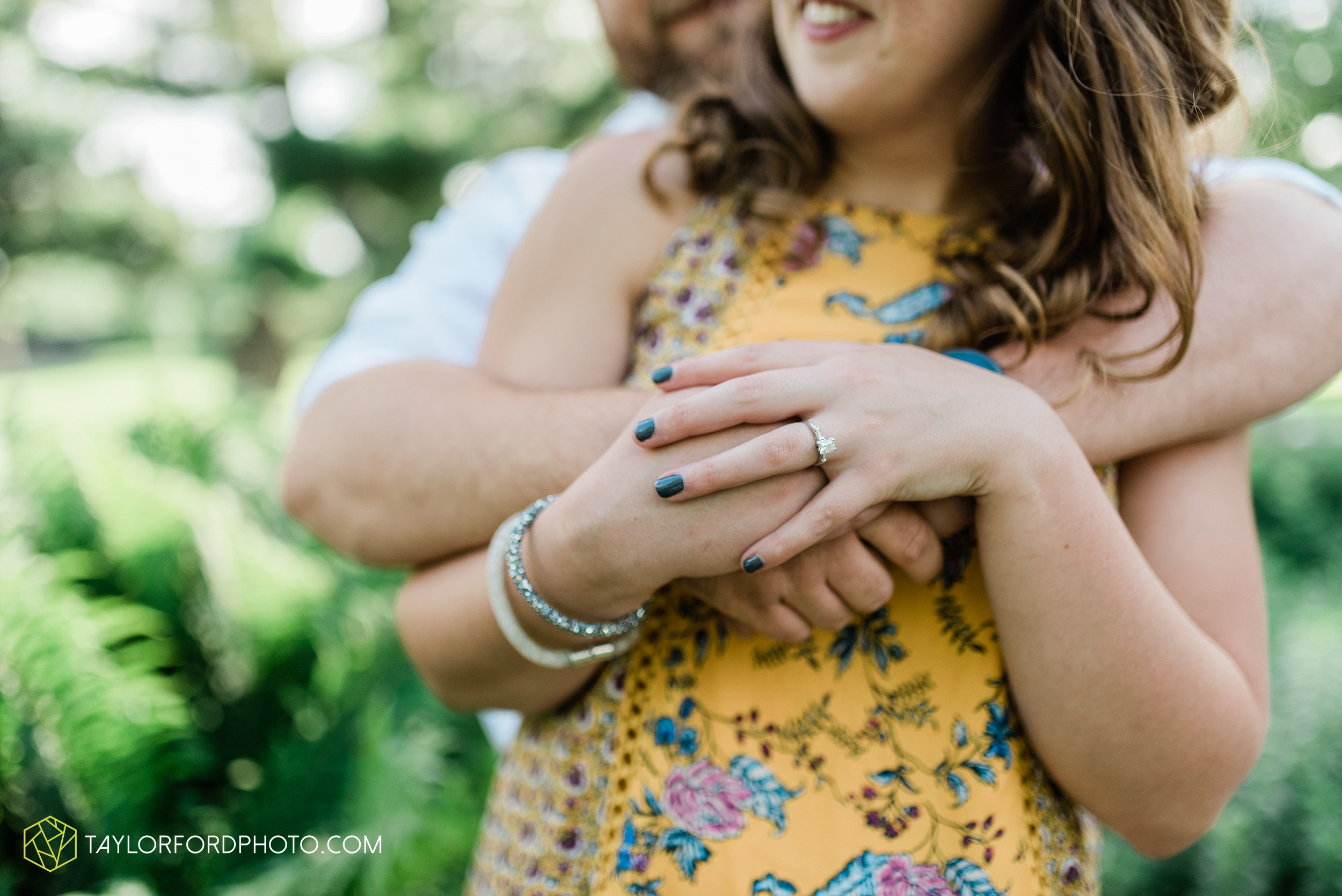 chelsey-jackson-young-downtown-fort-wayne-indiana-the-halls-deck-engagement-wedding-photographer-Taylor-Ford-Photography_8204.jpg