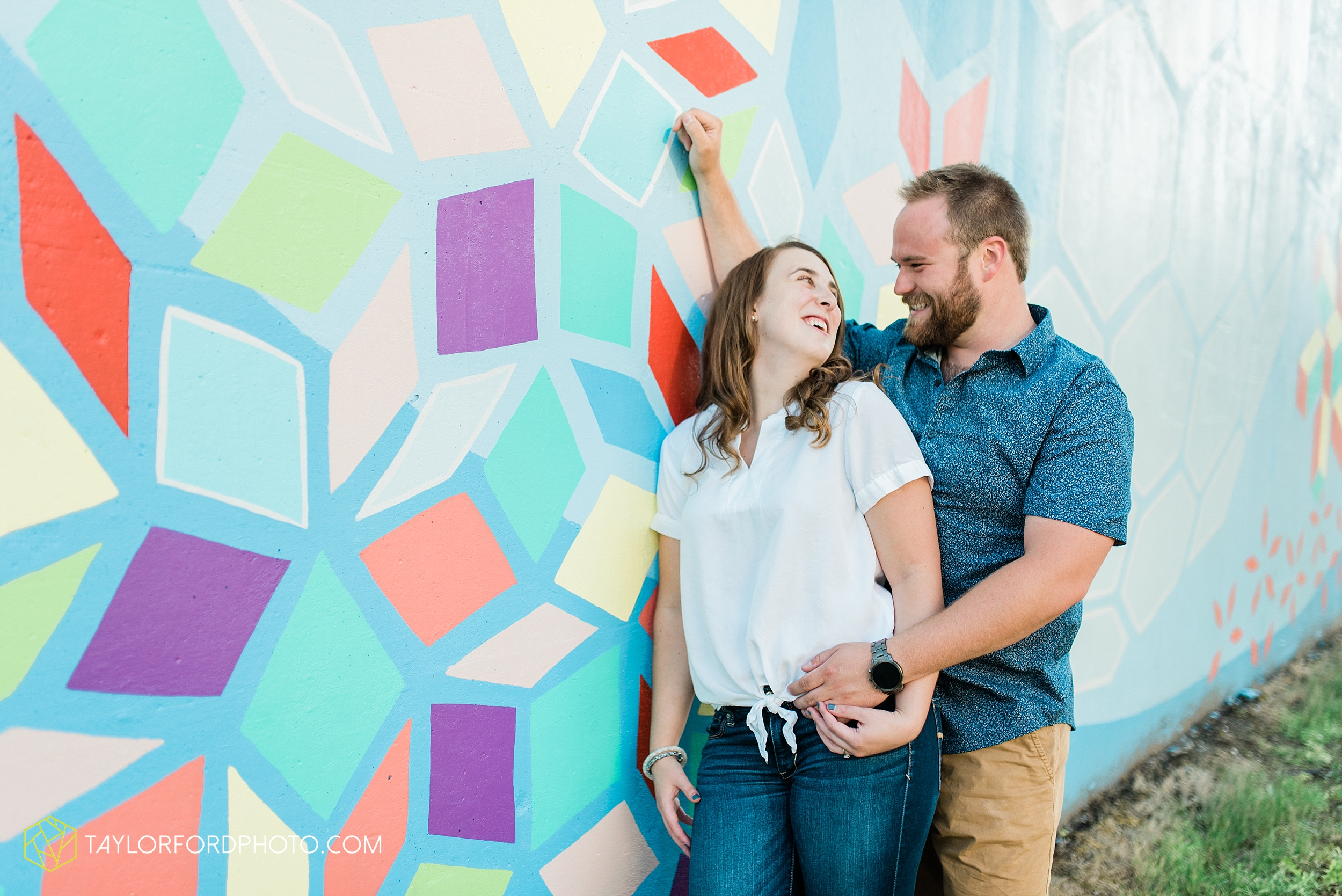 chelsey-jackson-young-downtown-fort-wayne-indiana-the-halls-deck-engagement-wedding-photographer-Taylor-Ford-Photography_8210.jpg