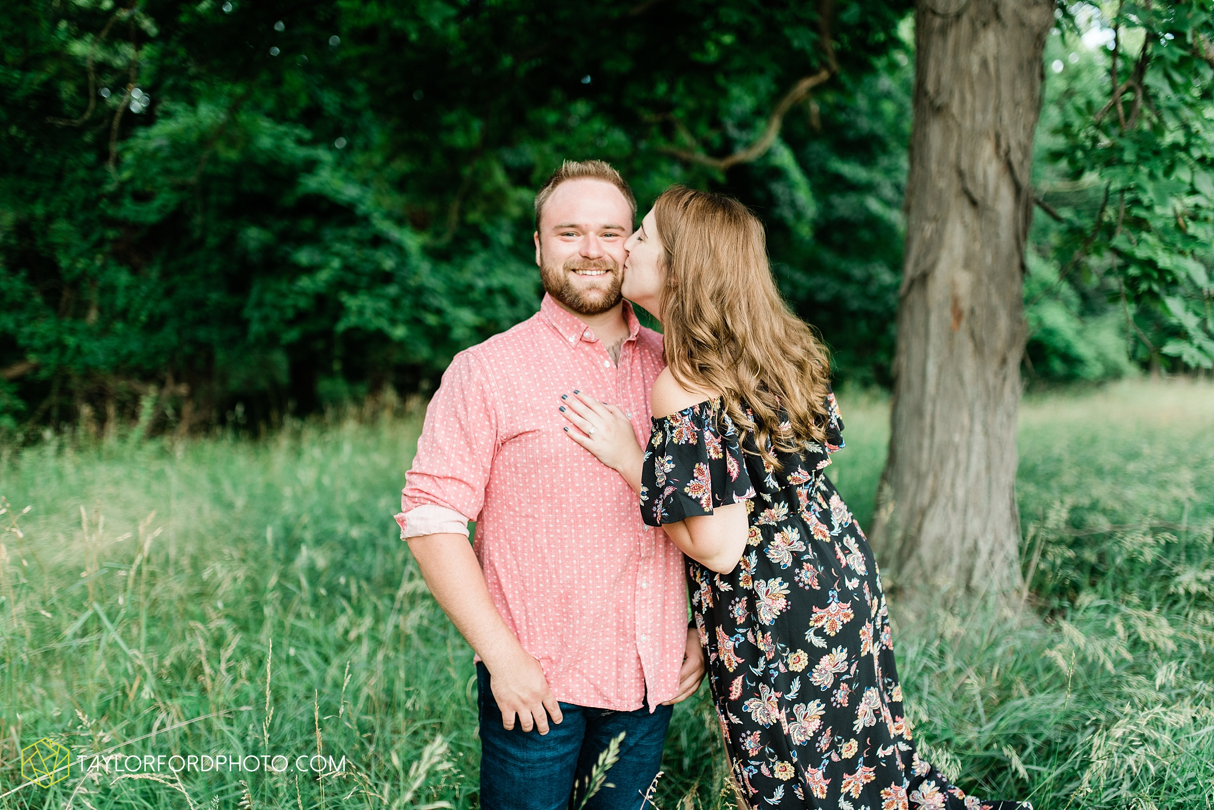 chelsey-jackson-young-downtown-fort-wayne-indiana-the-halls-deck-engagement-wedding-photographer-Taylor-Ford-Photography_8222.jpg