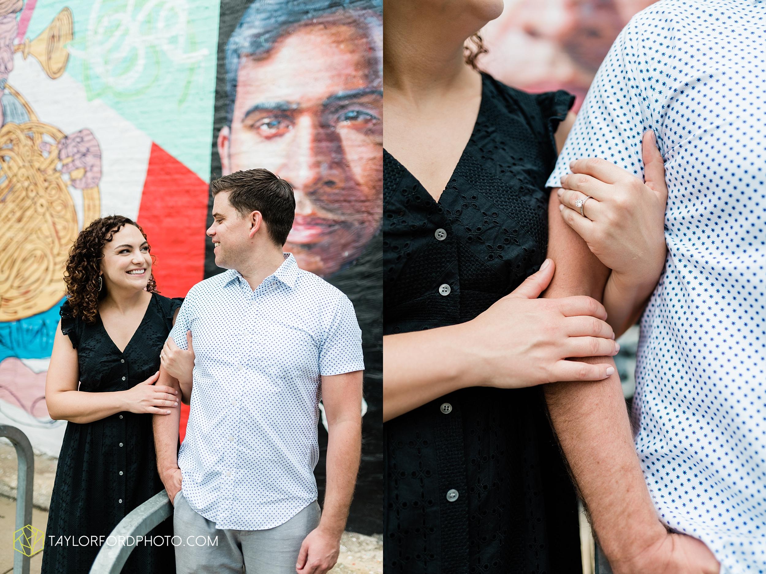 chicago-illinois-ipsento-606-high-line-wicker-park-bucktown-prosecutor-engagement-wedding-photographer-Taylor-Ford-Photography_8688.jpg
