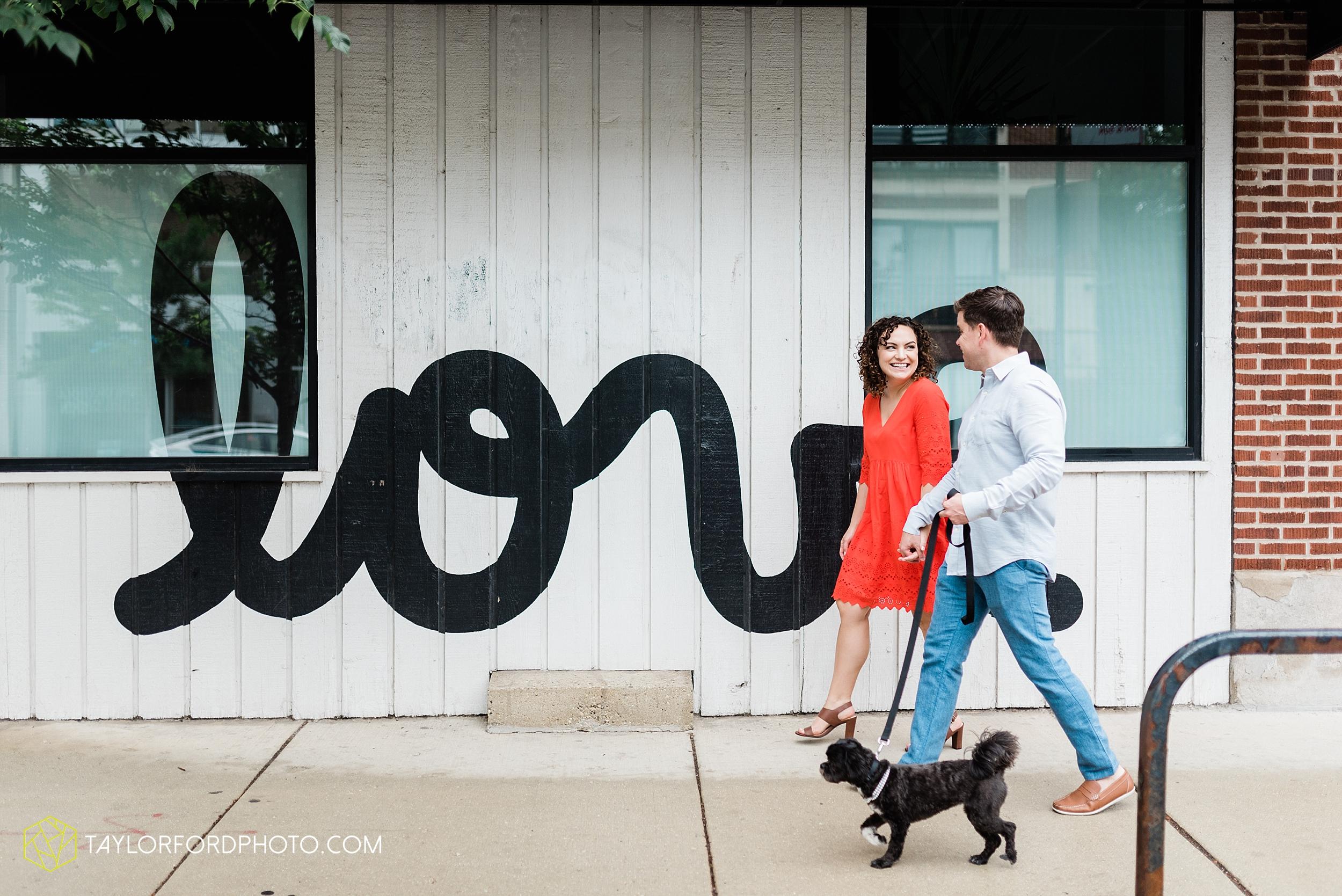 chicago-illinois-ipsento-606-high-line-wicker-park-bucktown-prosecutor-engagement-wedding-photographer-Taylor-Ford-Photography_8704.jpg