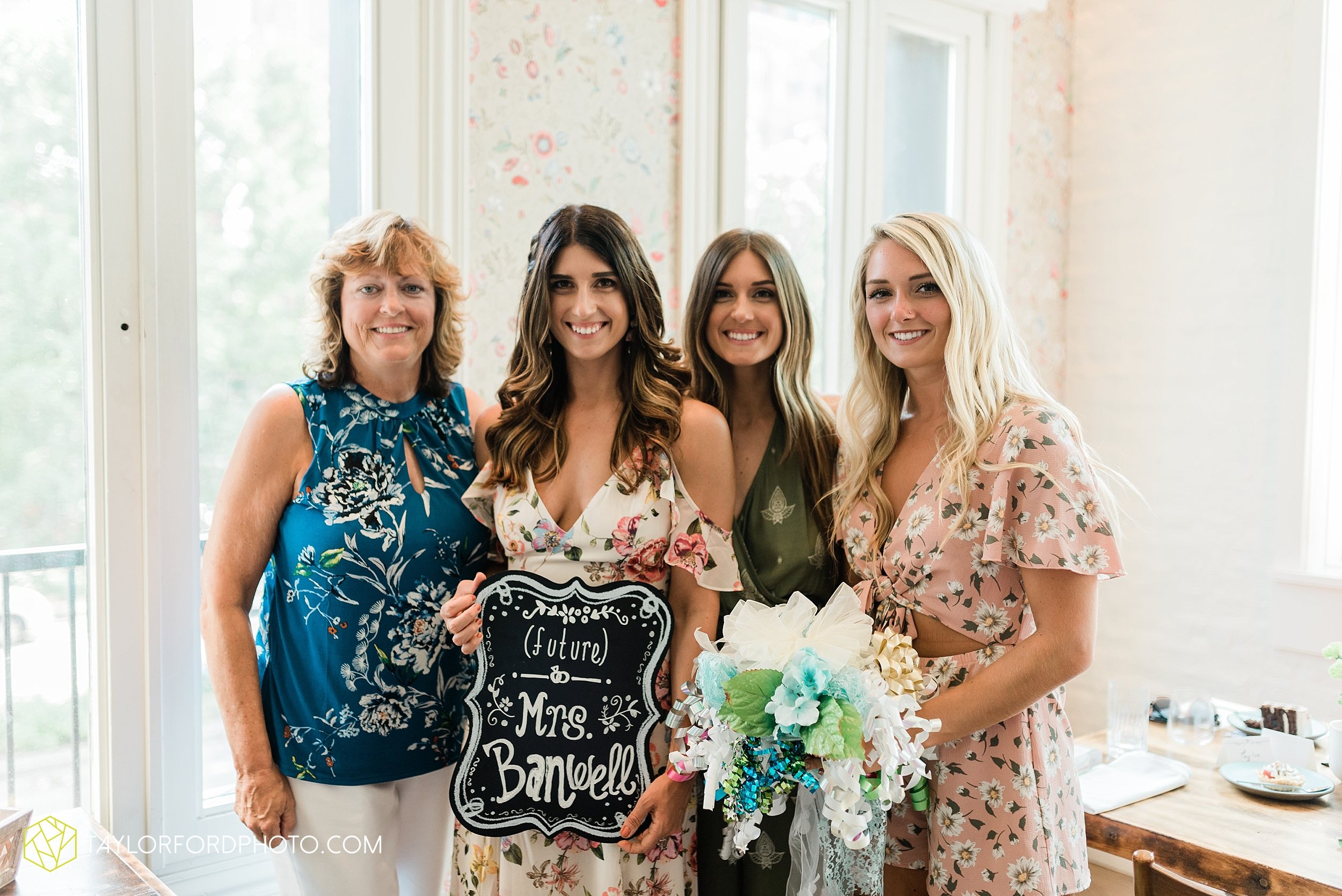 chicago-illinois-bridal-shower-little-goat-diner-west-loop-wedding-photographer-taylor-ford-photographer_8865.jpg