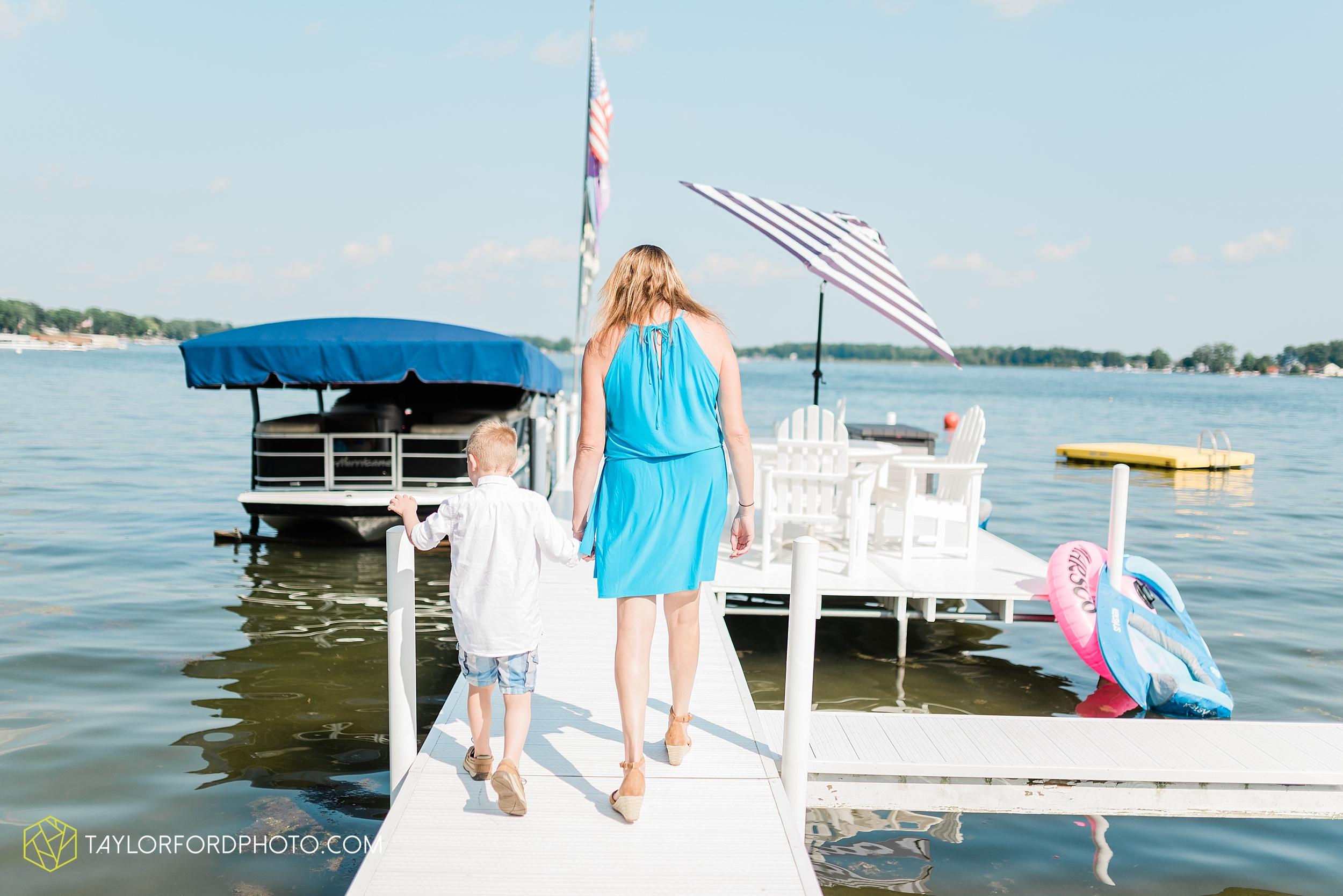 syracuse-indiana-lake-wawasee-family-lake-house-lakeside-park-lifestyle-photographer-taylor-ford-photographer_9443.jpg