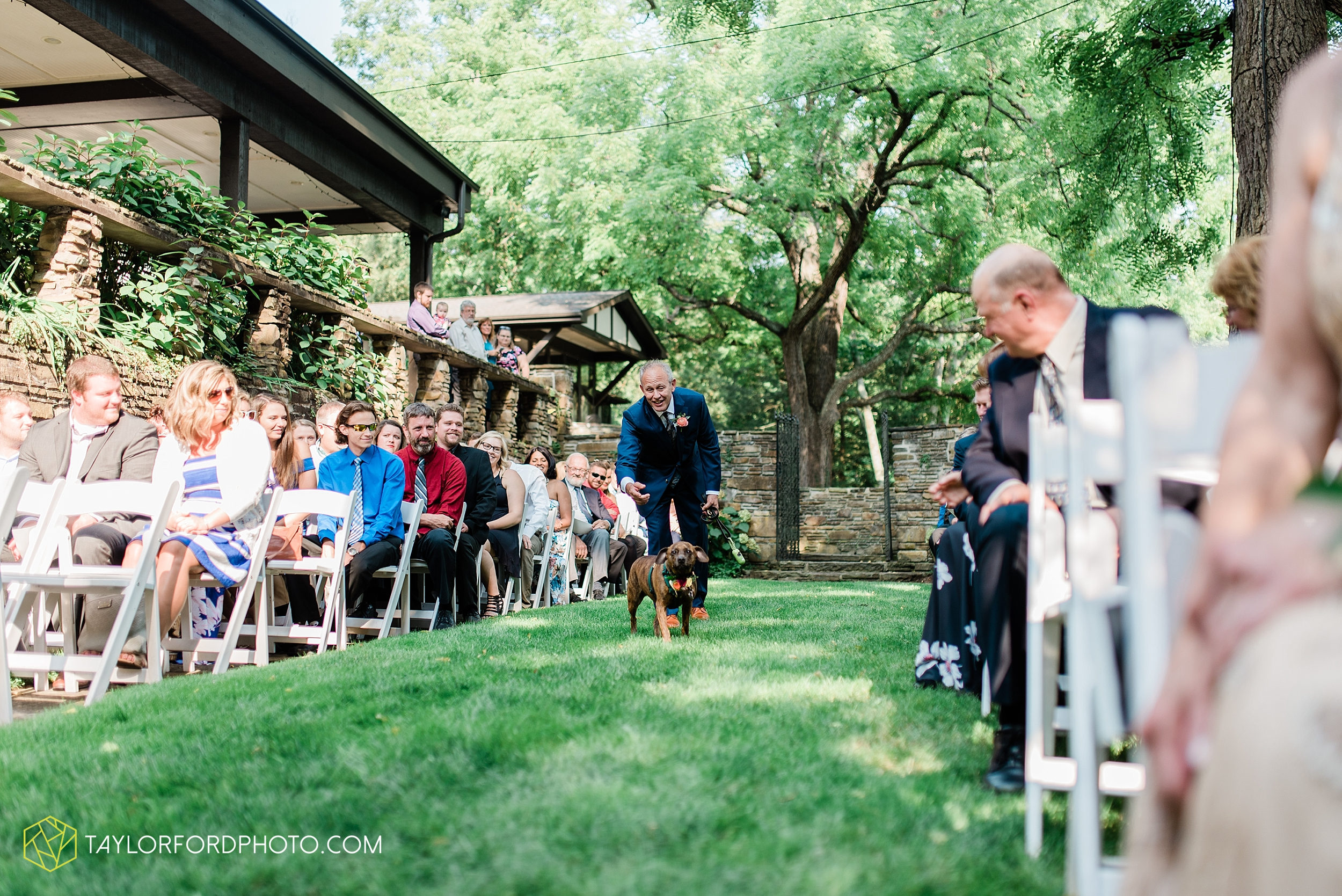 margot-may-evan-kohler-club-at-hillbrook-cleveland-chagrin-falls-outdoor-wedding-bhldn-gardenview-flowers-toledo-photographer-taylor-ford-photographer_9573.jpg