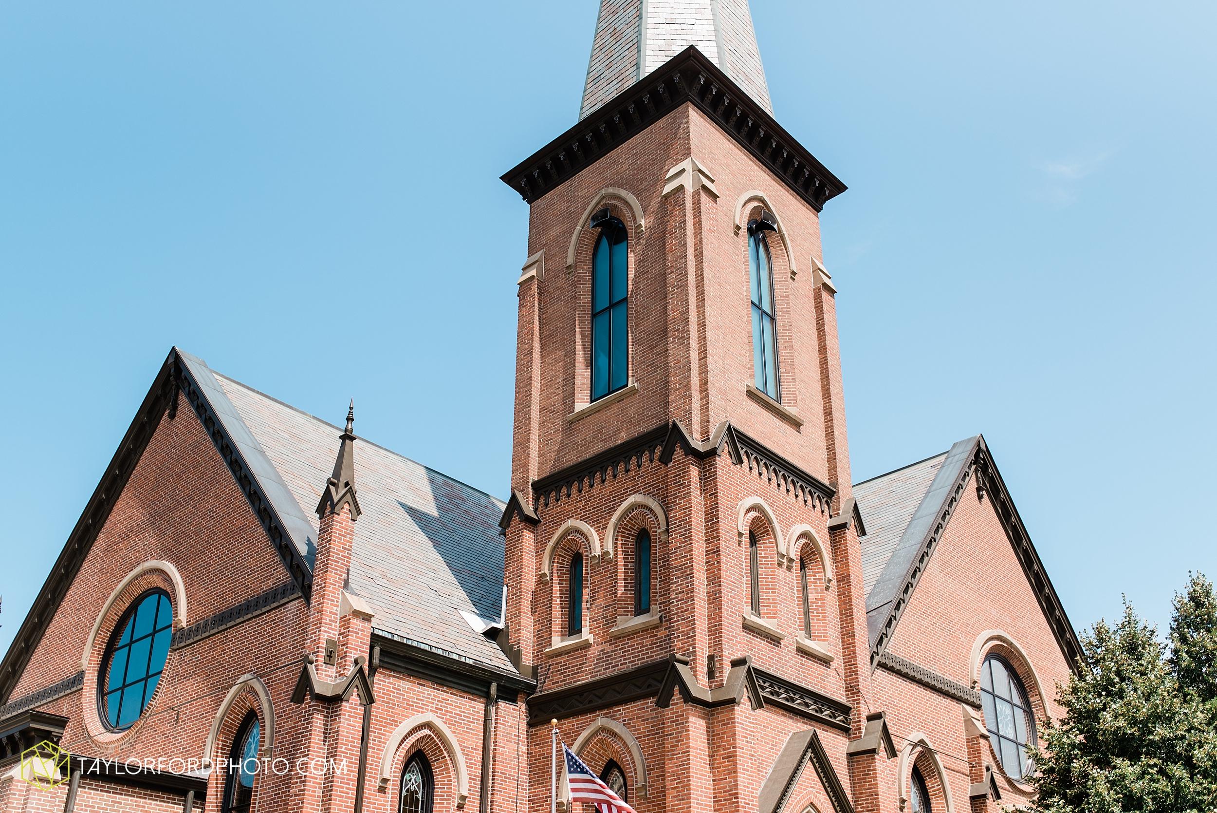 van-wert-ohio-first-united-methodist-church-county-dairy-barn-wedding-photographer-taylor-ford-photography_9819.jpg