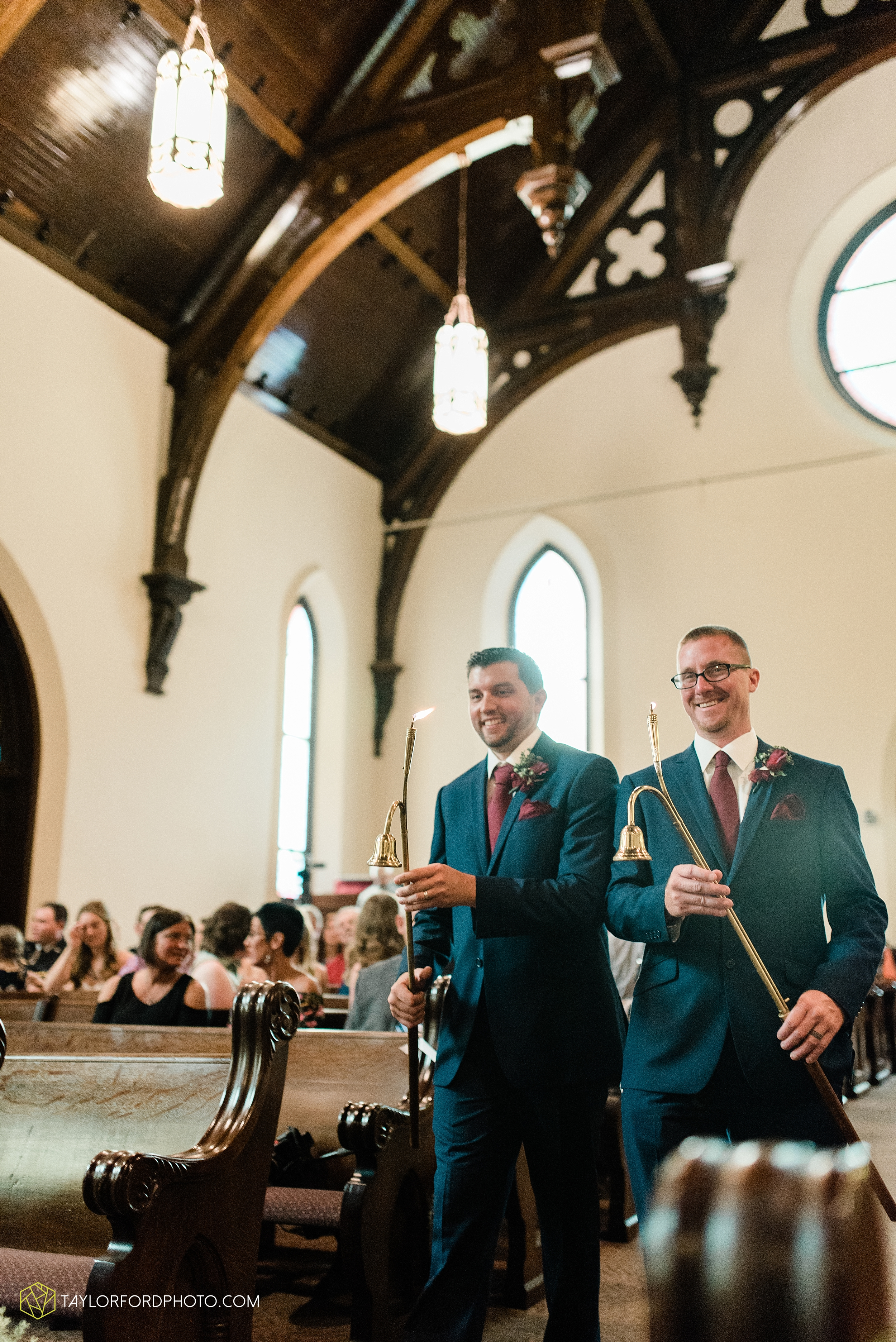 van-wert-ohio-first-united-methodist-church-county-dairy-barn-wedding-photographer-taylor-ford-photography_9822.jpg