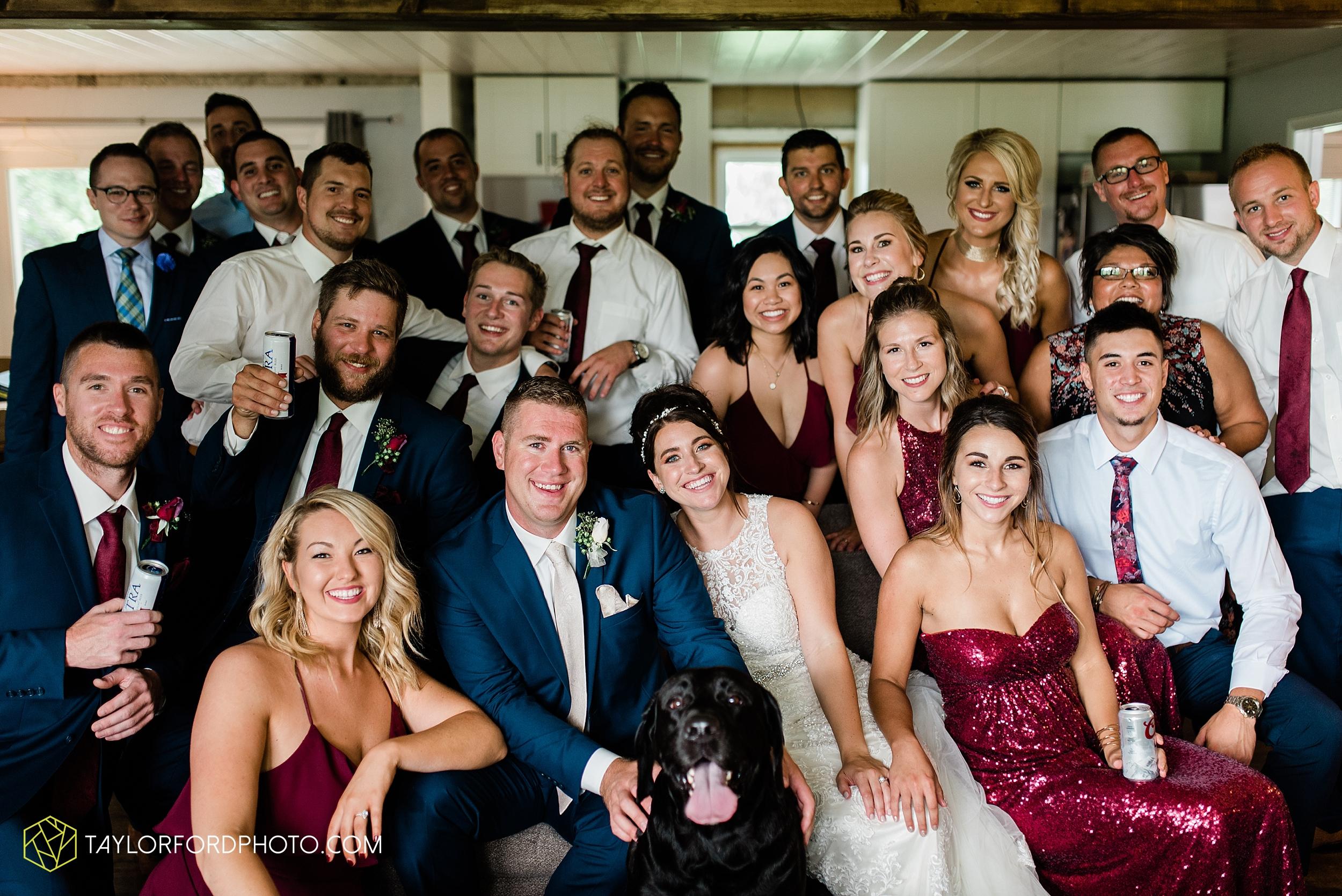 van-wert-ohio-first-united-methodist-church-county-dairy-barn-wedding-photographer-taylor-ford-photography_9861.jpg