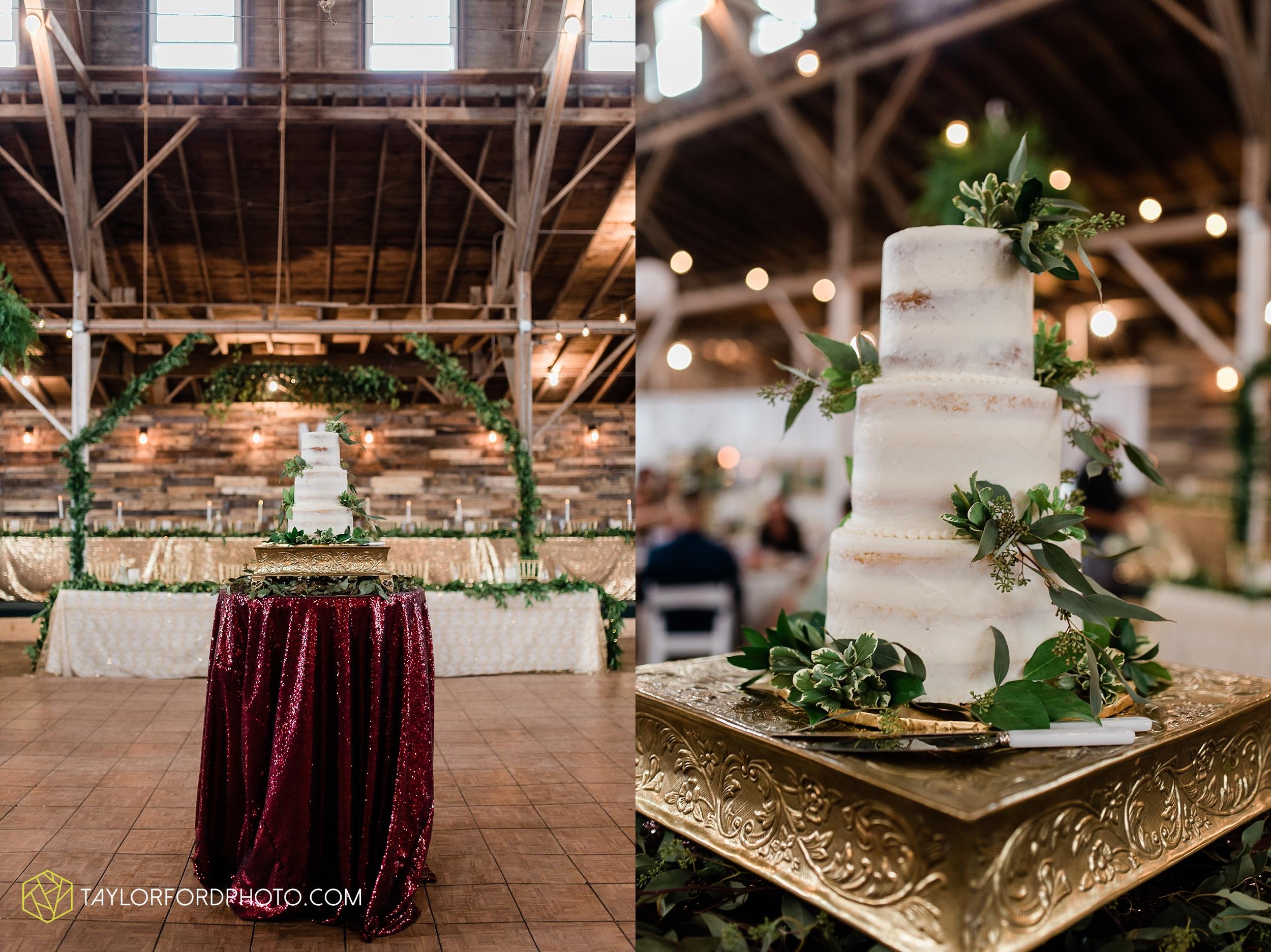 van-wert-ohio-first-united-methodist-church-county-dairy-barn-wedding-photographer-taylor-ford-photography_9864.jpg