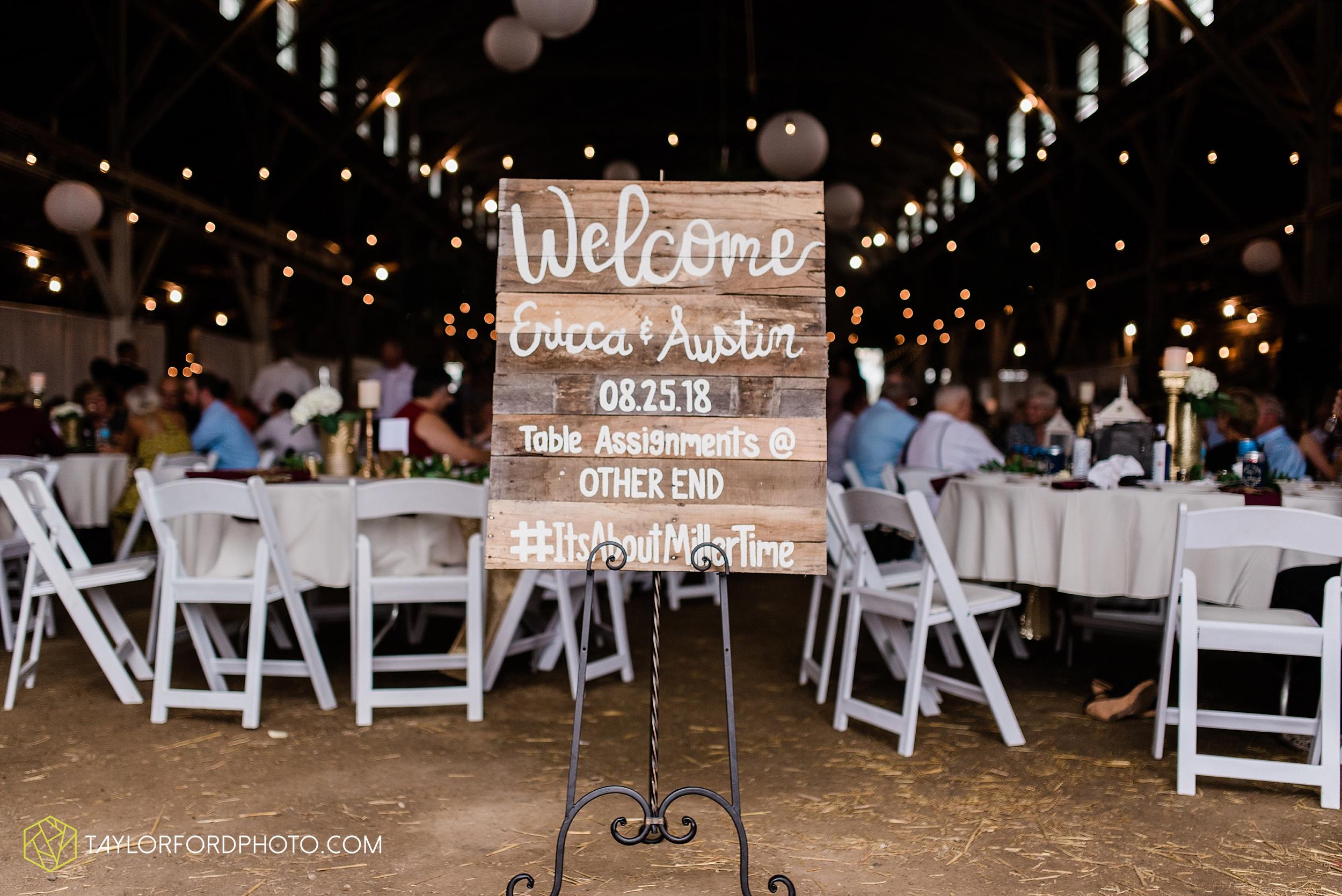 van-wert-ohio-first-united-methodist-church-county-dairy-barn-wedding-photographer-taylor-ford-photography_9866.jpg