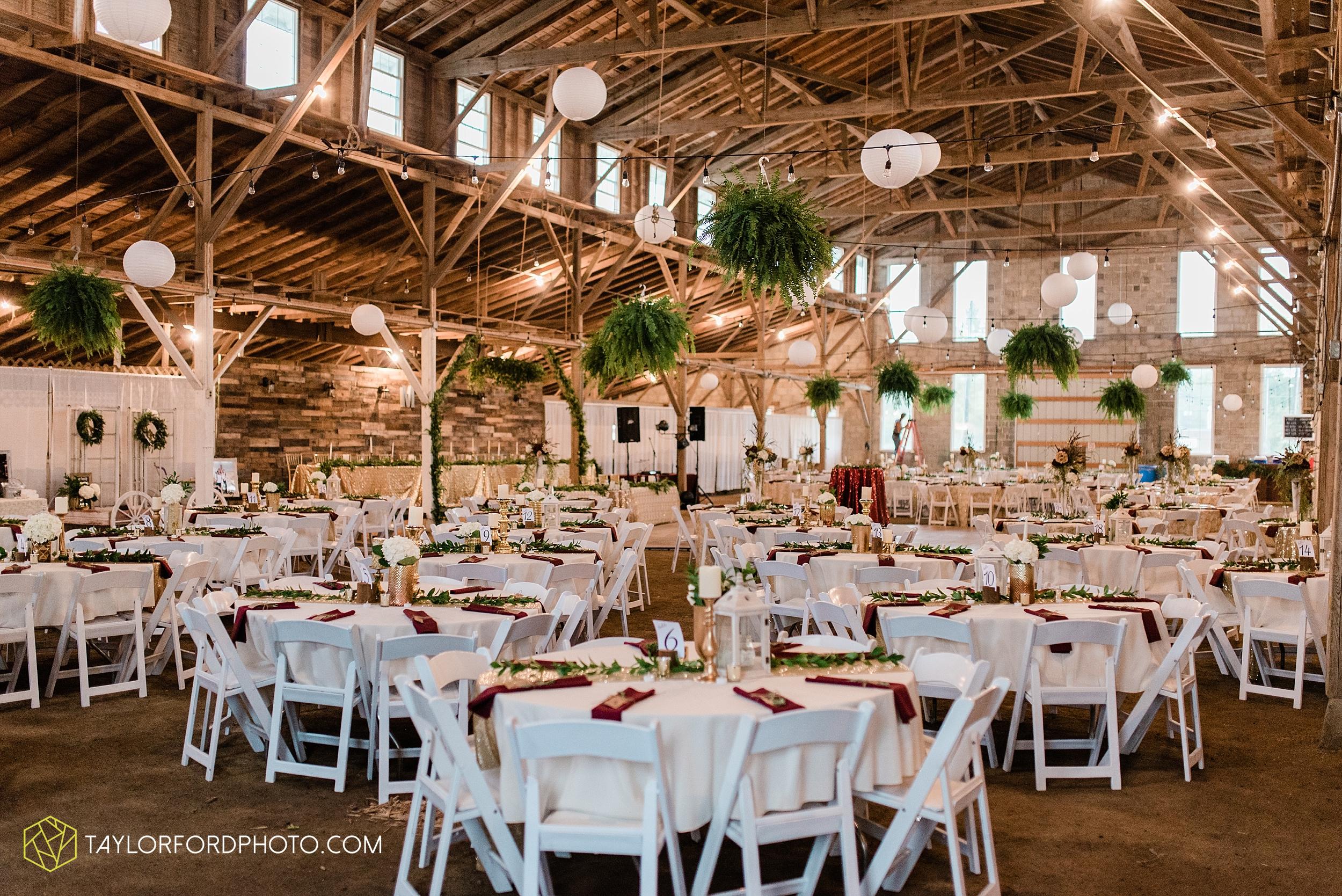 van-wert-ohio-first-united-methodist-church-county-dairy-barn-wedding-photographer-taylor-ford-photography_9867.jpg