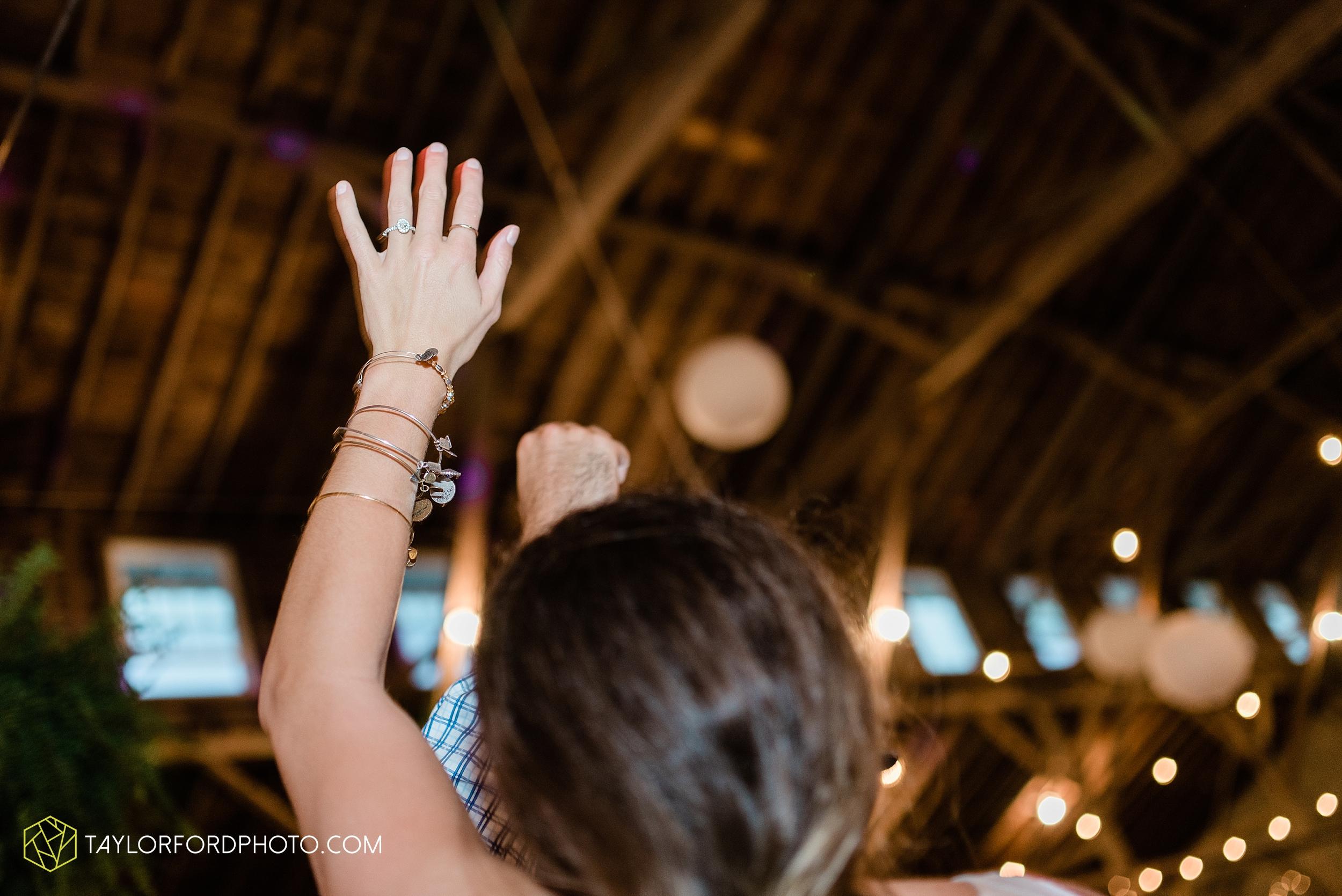 van-wert-ohio-first-united-methodist-church-county-dairy-barn-wedding-photographer-taylor-ford-photography_9885.jpg