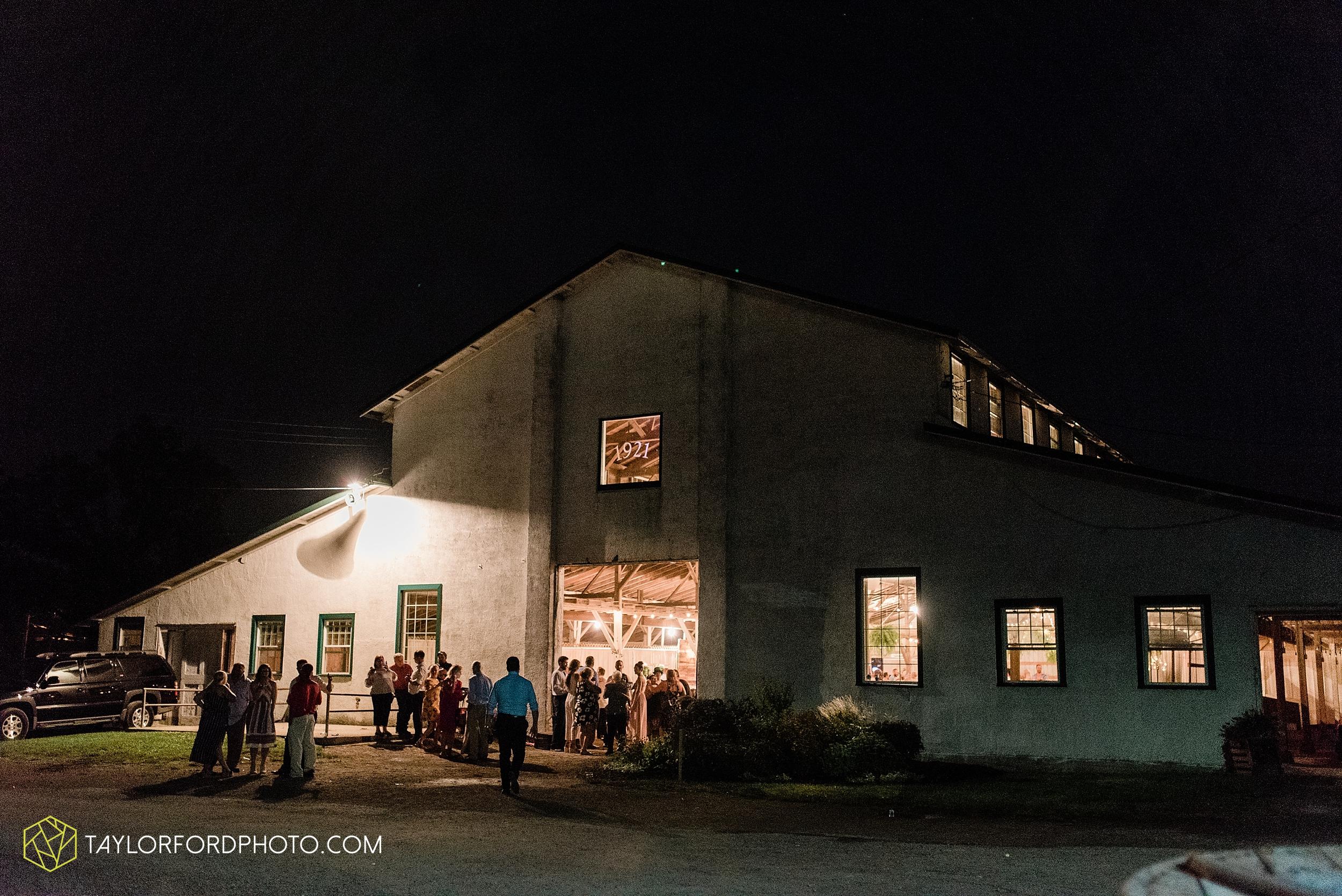 van-wert-ohio-first-united-methodist-church-county-dairy-barn-wedding-photographer-taylor-ford-photography_9893.jpg