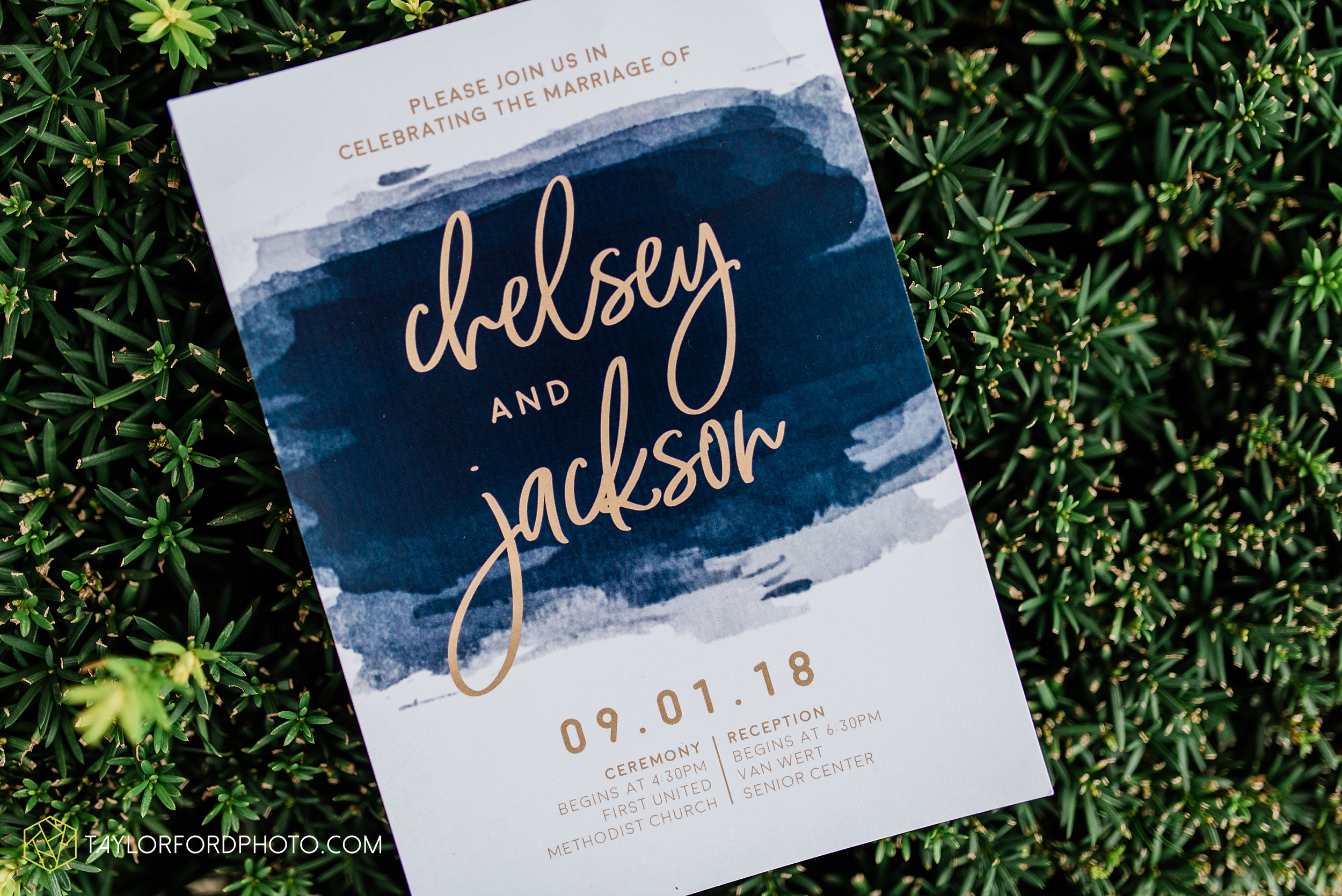 chelsey-zosh-jackson-young-first-united-methodist-church-senior-center-van-wert-ohio-wedding-photographer-taylor-ford-photography_0043.jpg