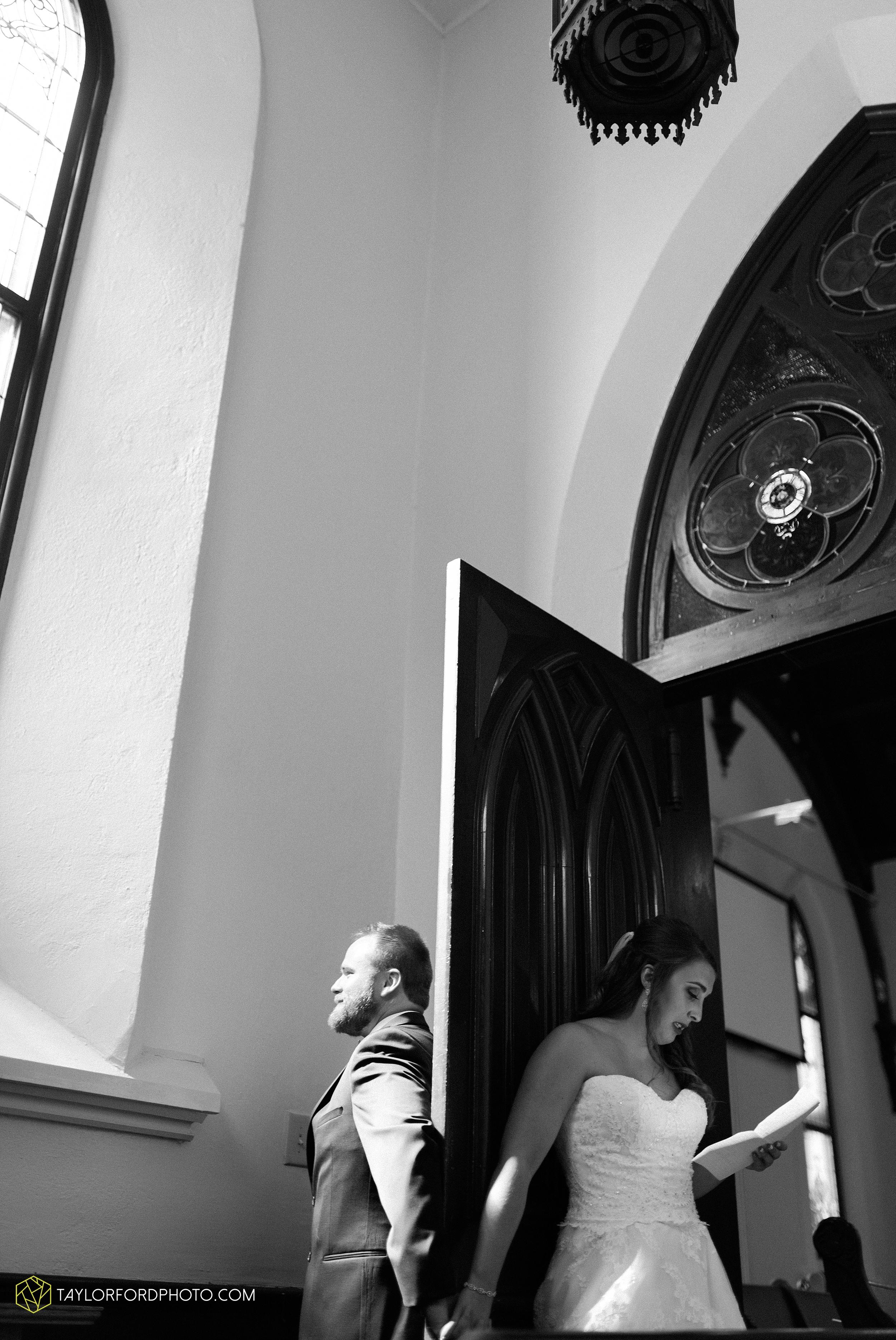chelsey-zosh-jackson-young-first-united-methodist-church-senior-center-van-wert-ohio-wedding-photographer-taylor-ford-photography_0061.jpg