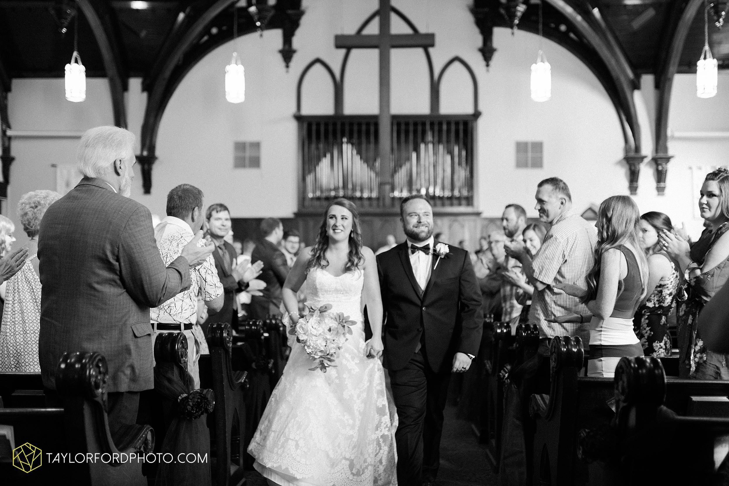chelsey-zosh-jackson-young-first-united-methodist-church-senior-center-van-wert-ohio-wedding-photographer-taylor-ford-photography_0073.jpg