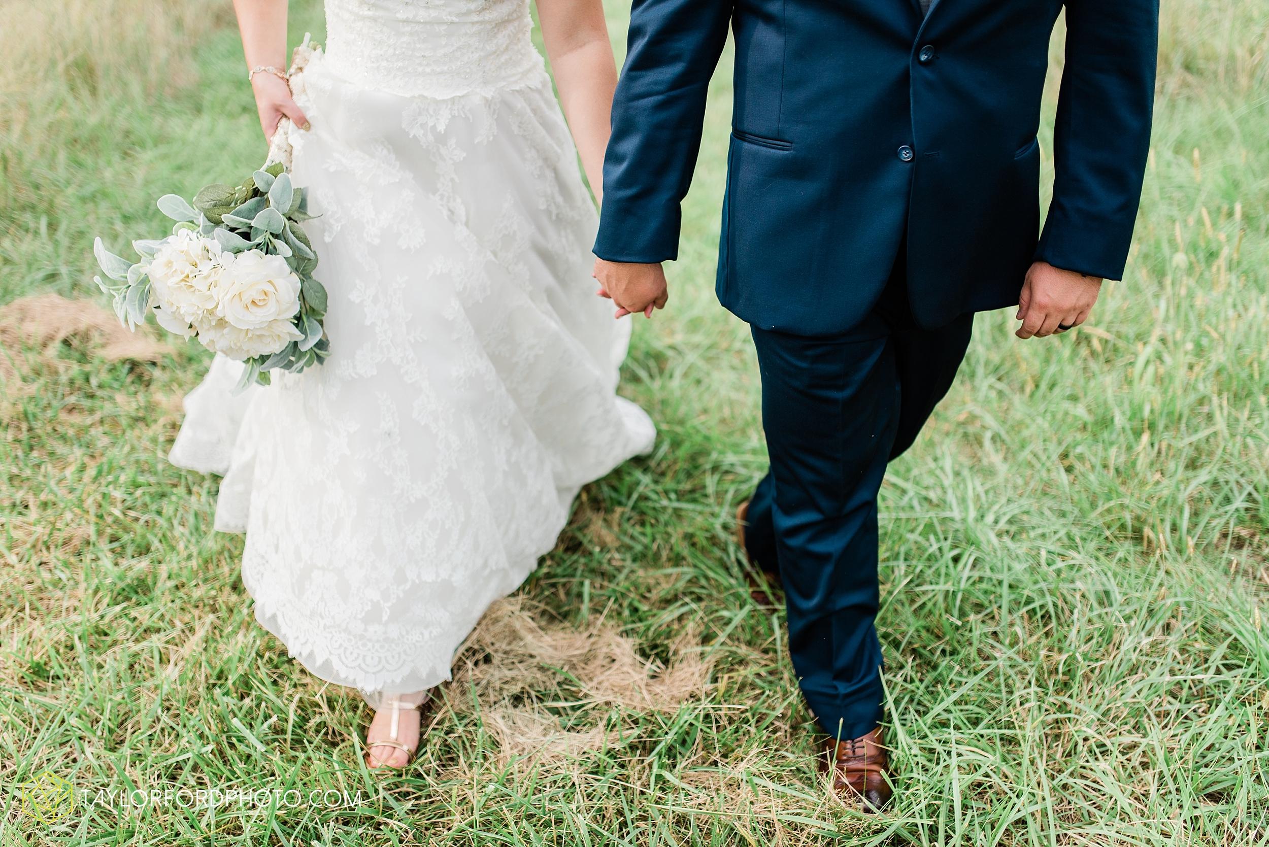 chelsey-zosh-jackson-young-first-united-methodist-church-senior-center-van-wert-ohio-wedding-photographer-taylor-ford-photography_0090.jpg