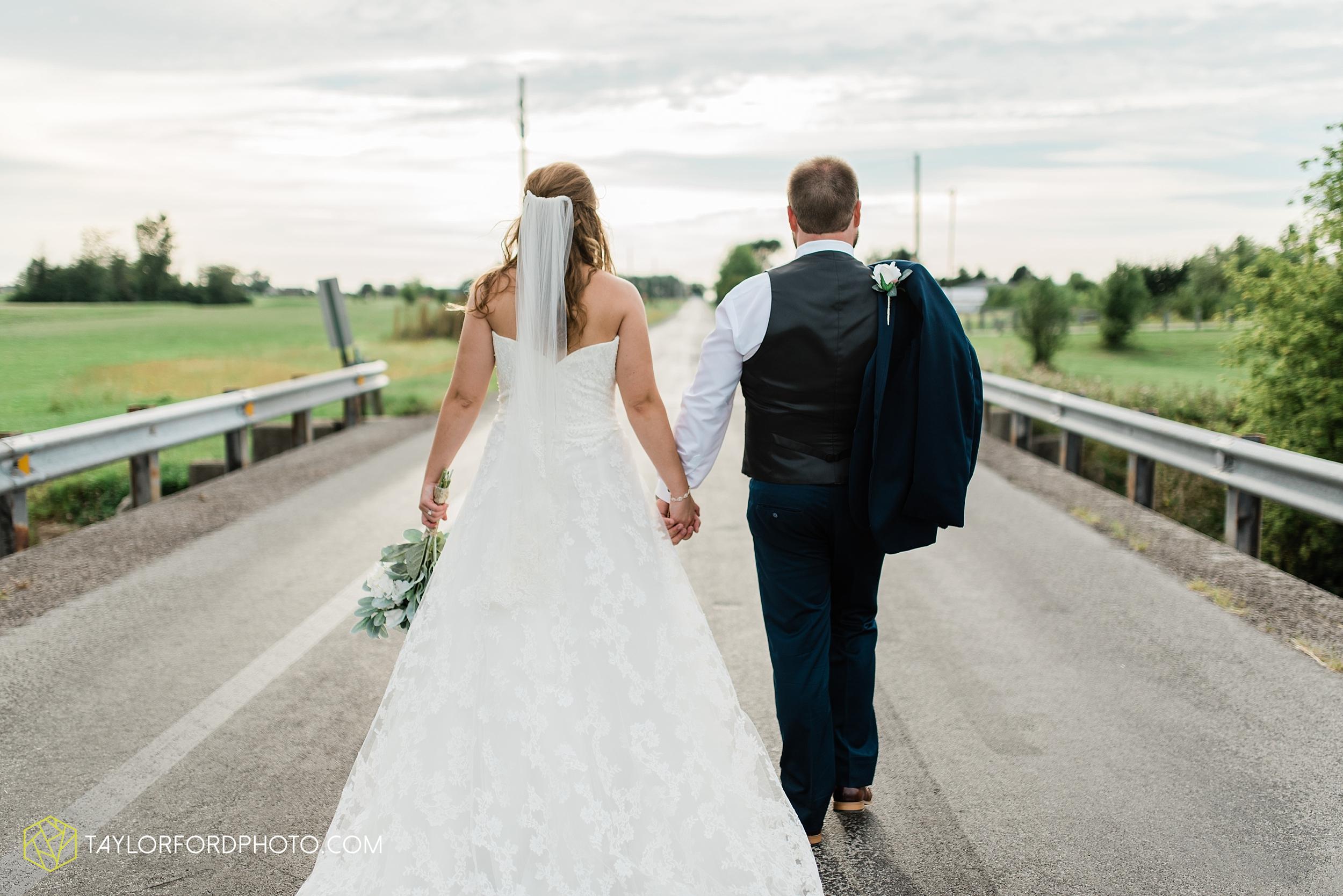 chelsey-zosh-jackson-young-first-united-methodist-church-senior-center-van-wert-ohio-wedding-photographer-taylor-ford-photography_0095.jpg