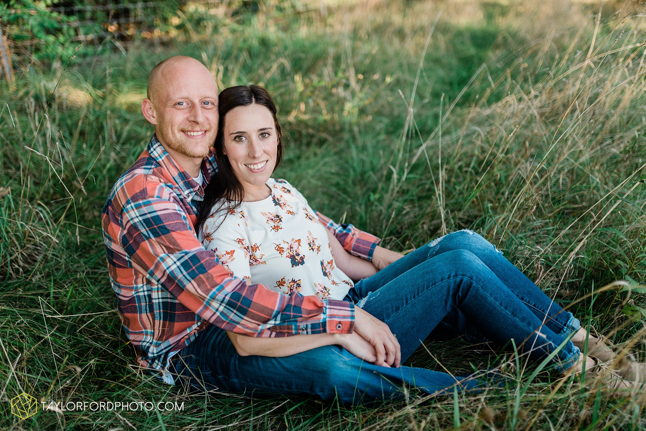 van-wert-ohio-late-summer-engagement-photographer-taylor-ford-photography_0354.jpg