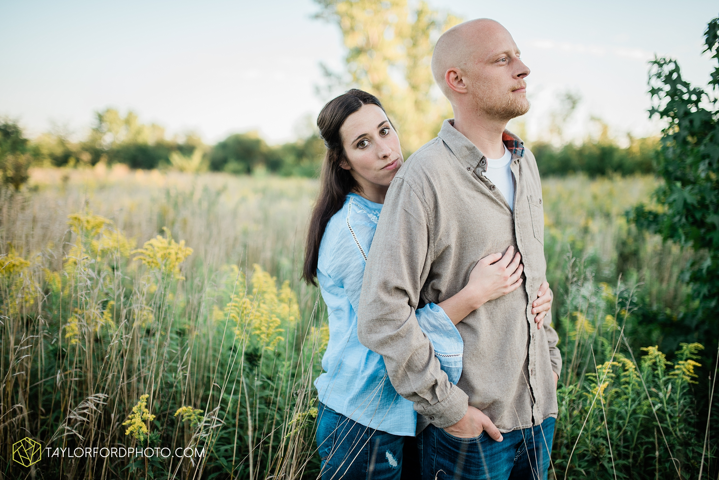 van-wert-ohio-late-summer-engagement-photographer-taylor-ford-photography_0357.jpg