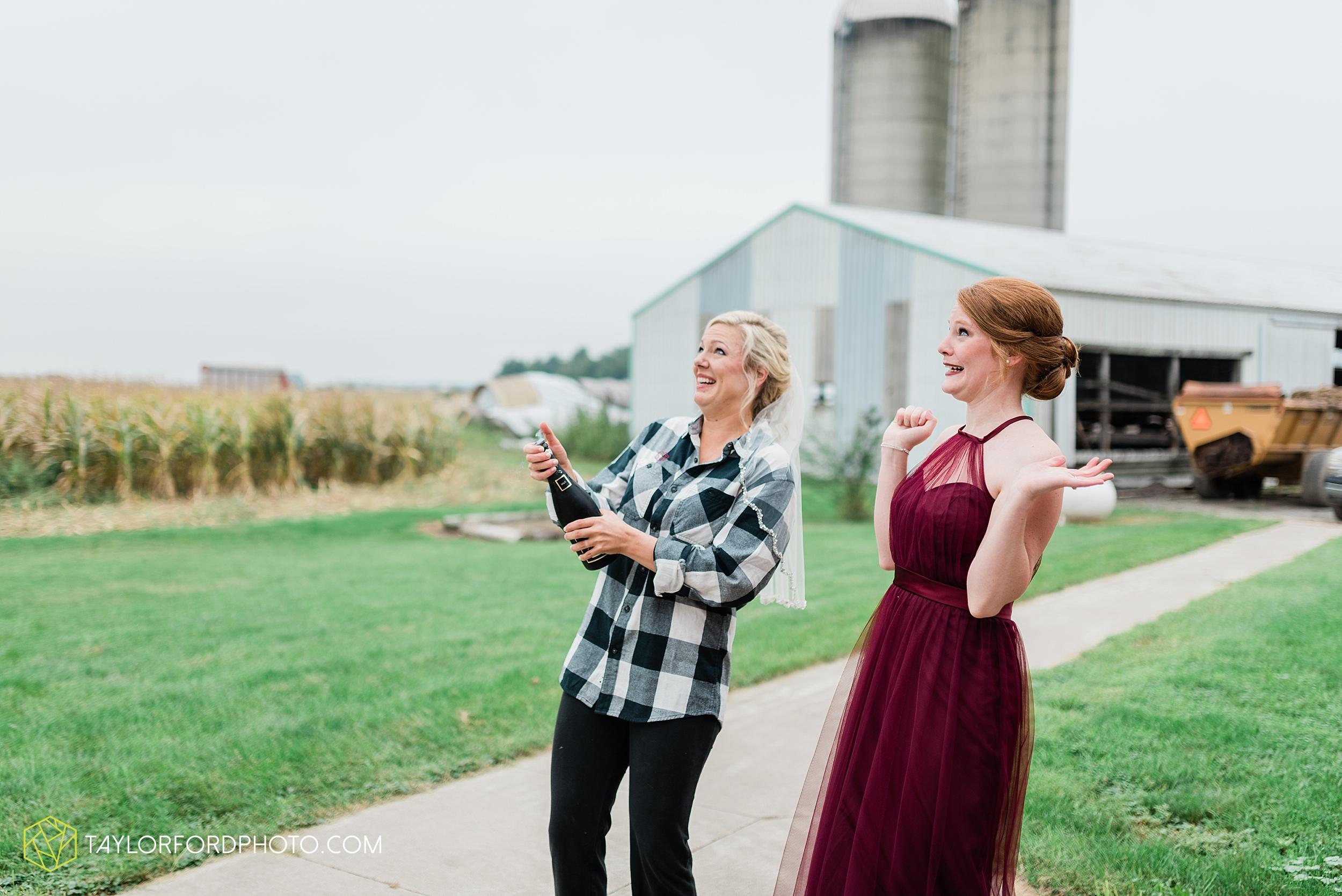 gayle-rayman-mike-steele-ottoville-ohio-wedding-immaculate-conception-parish-center-wedding-sycamore-lake-winery-wannamachers-photographer-taylor-ford-photography_0381.jpg
