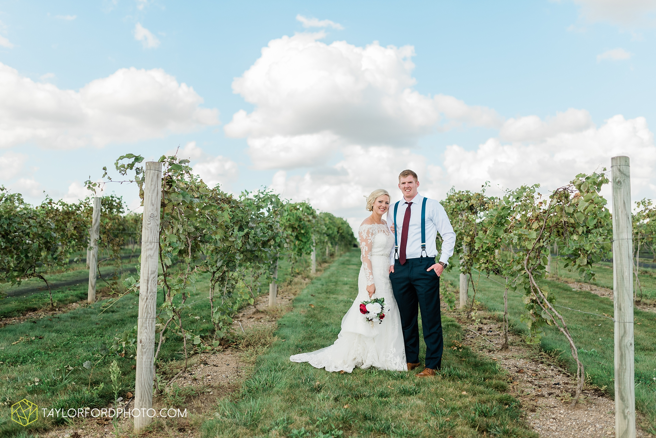 gayle-rayman-mike-steele-ottoville-ohio-wedding-immaculate-conception-parish-center-wedding-sycamore-lake-winery-wannamachers-photographer-taylor-ford-photography_0413.jpg